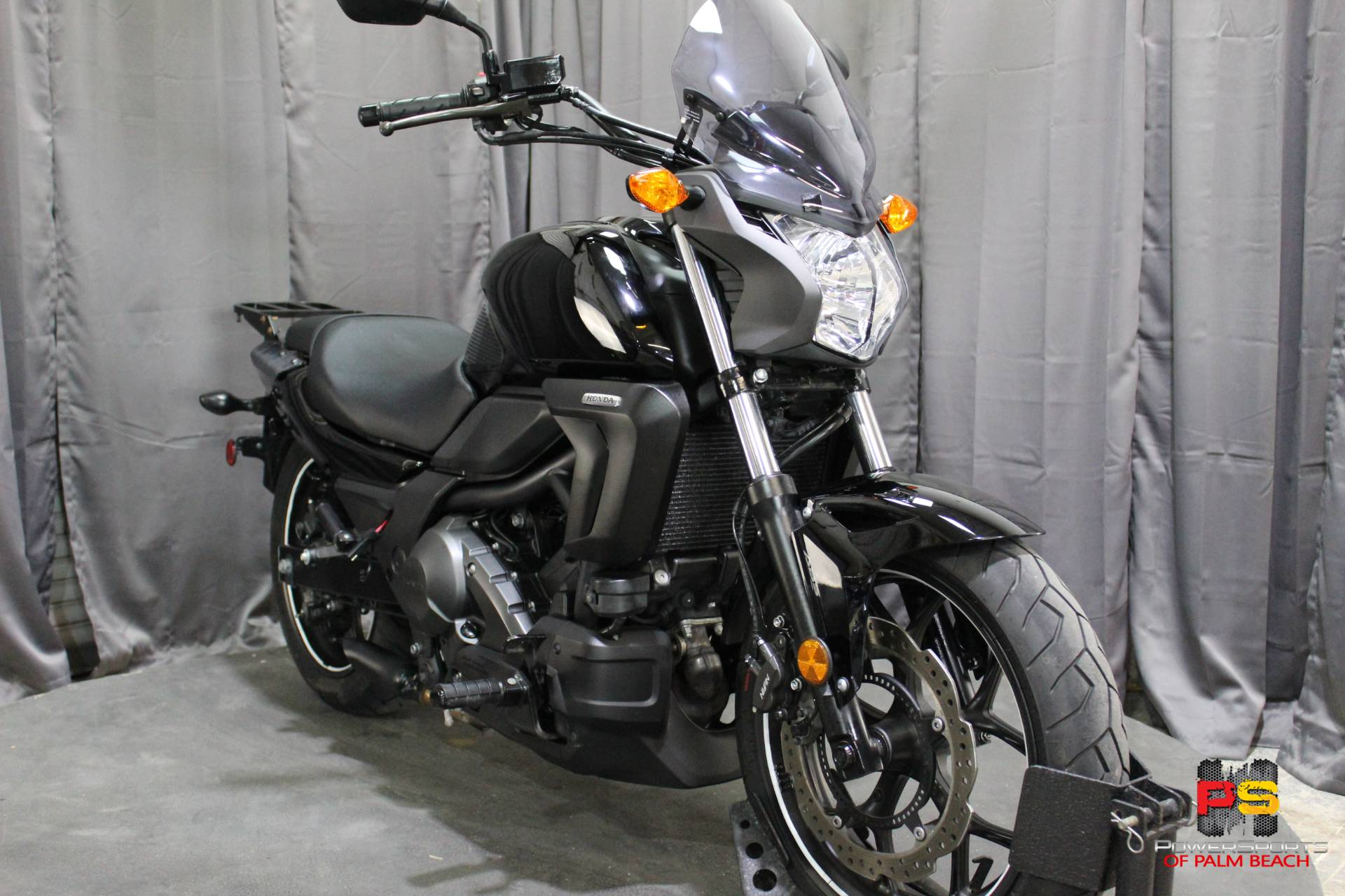 2014 Honda CTX®700N DCT ABS in Lake Park, Florida - Photo 9