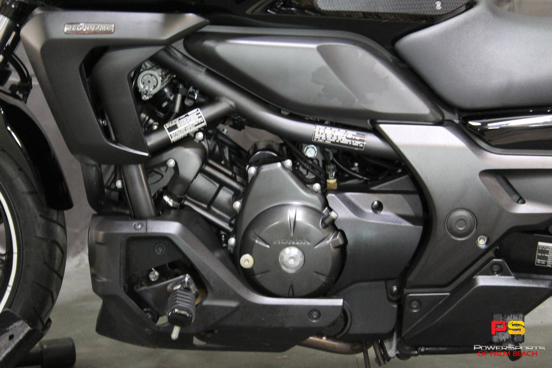 2014 Honda CTX®700N DCT ABS in Lake Park, Florida - Photo 19