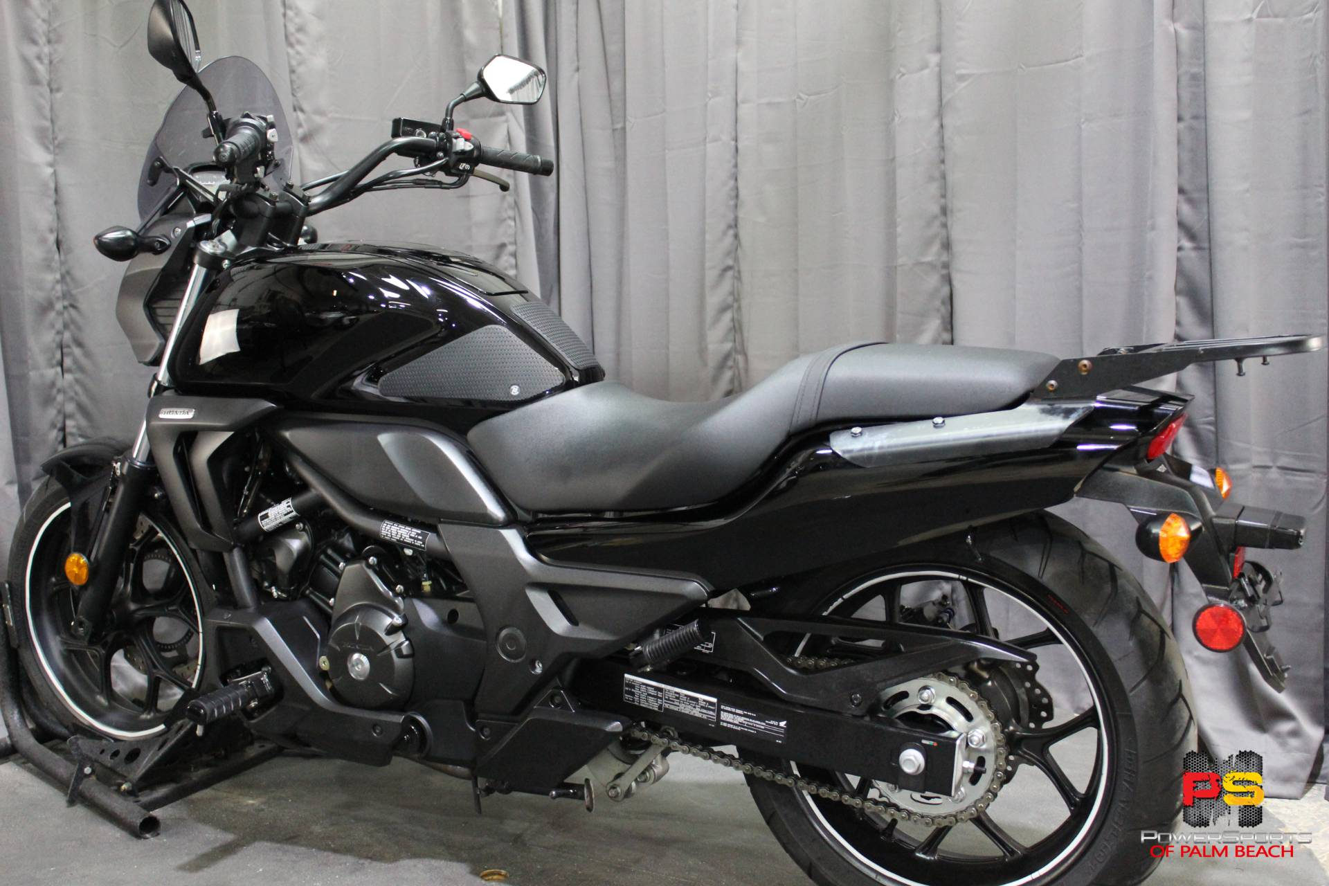 2014 Honda CTX®700N DCT ABS in Lake Park, Florida - Photo 23