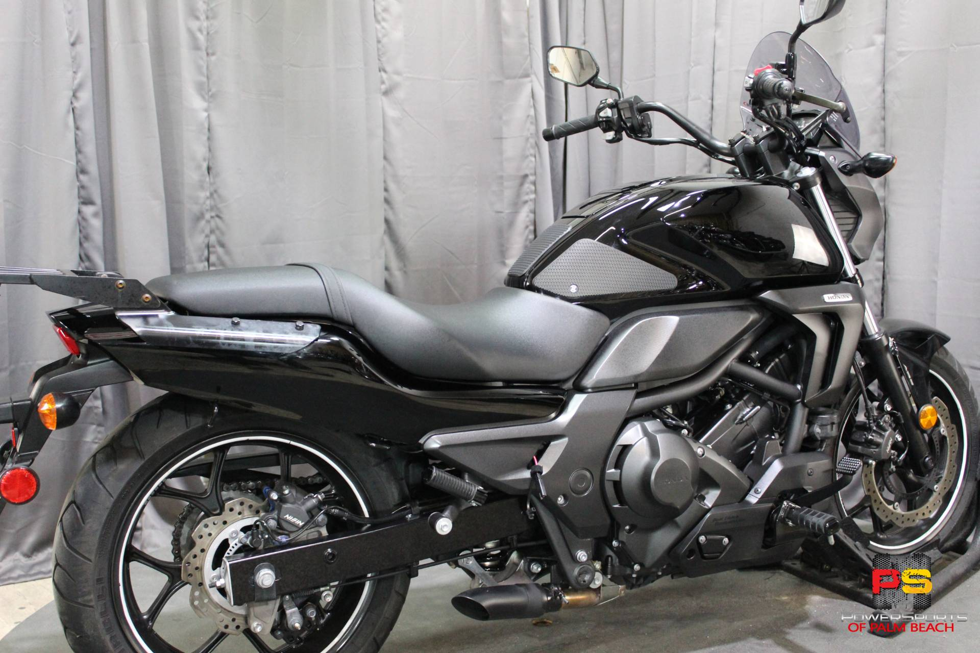 2014 Honda CTX®700N DCT ABS in Lake Park, Florida - Photo 30