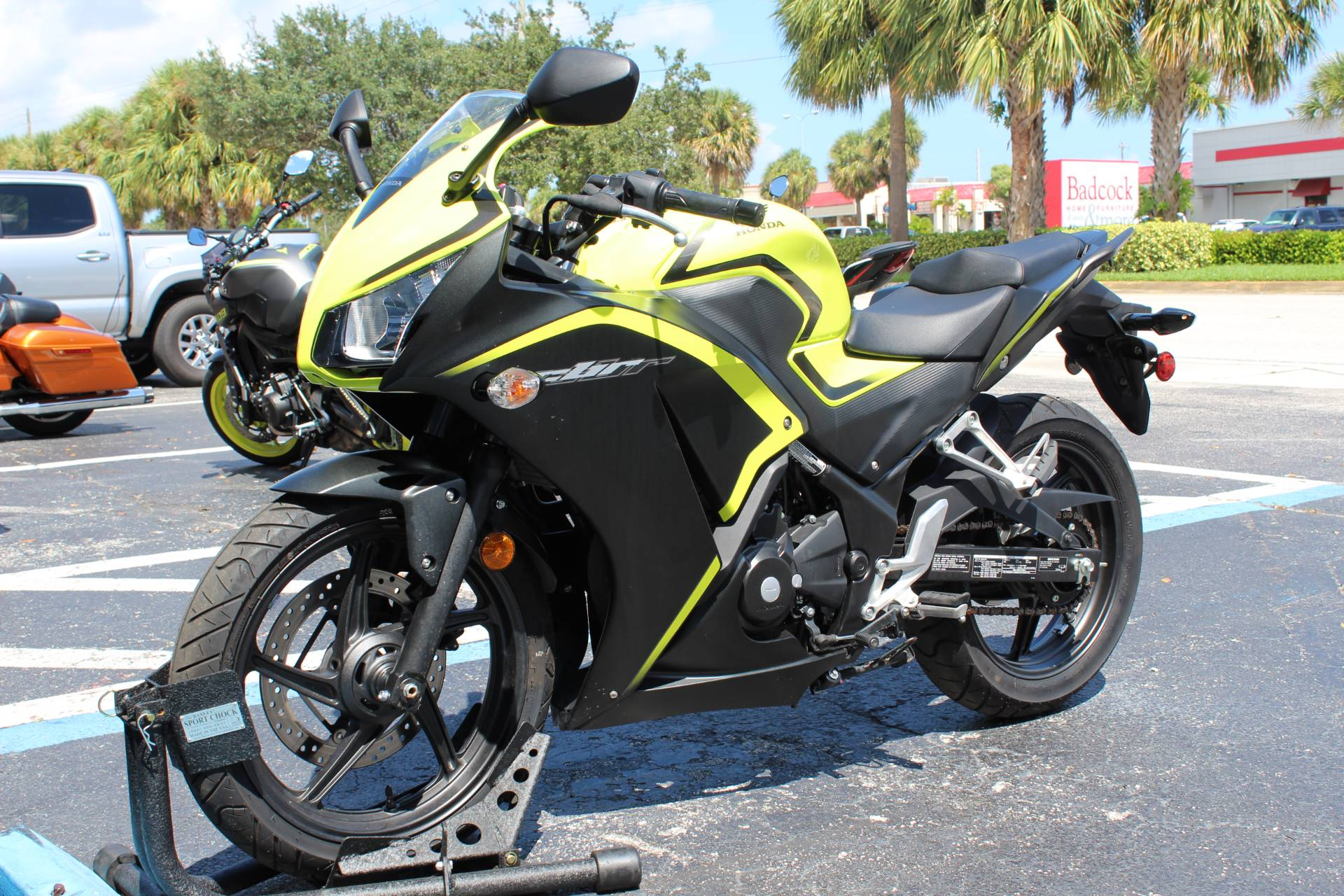 2016 Honda CBR300R in Lake Park, Florida