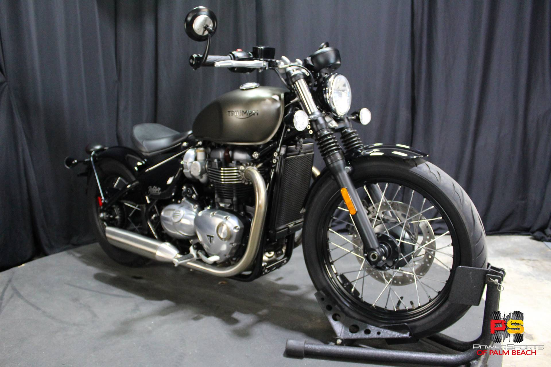 2018 Triumph Bonneville Bobber in Lake Park, Florida - Photo 7