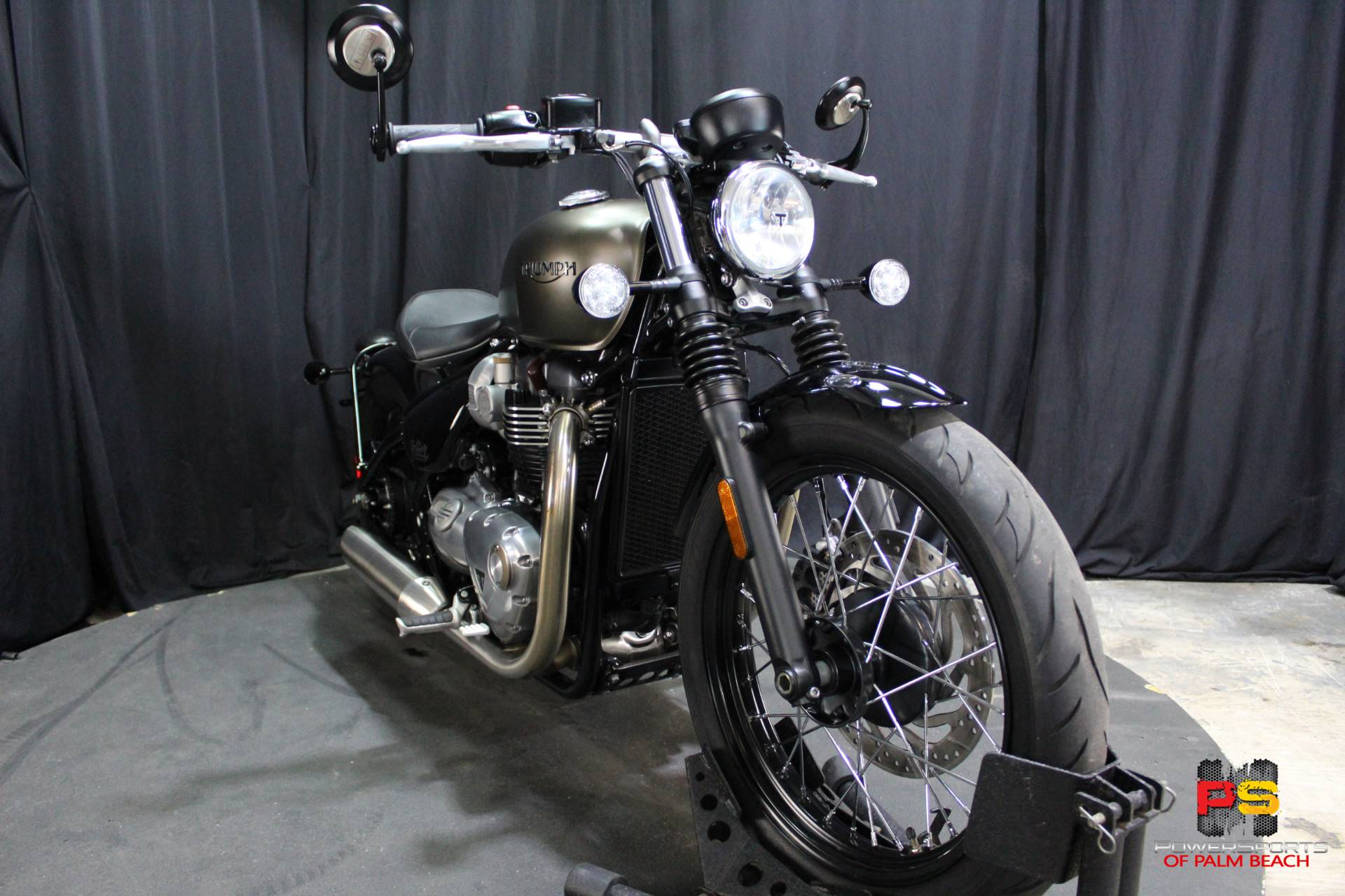 2018 Triumph Bonneville Bobber in Lake Park, Florida - Photo 8