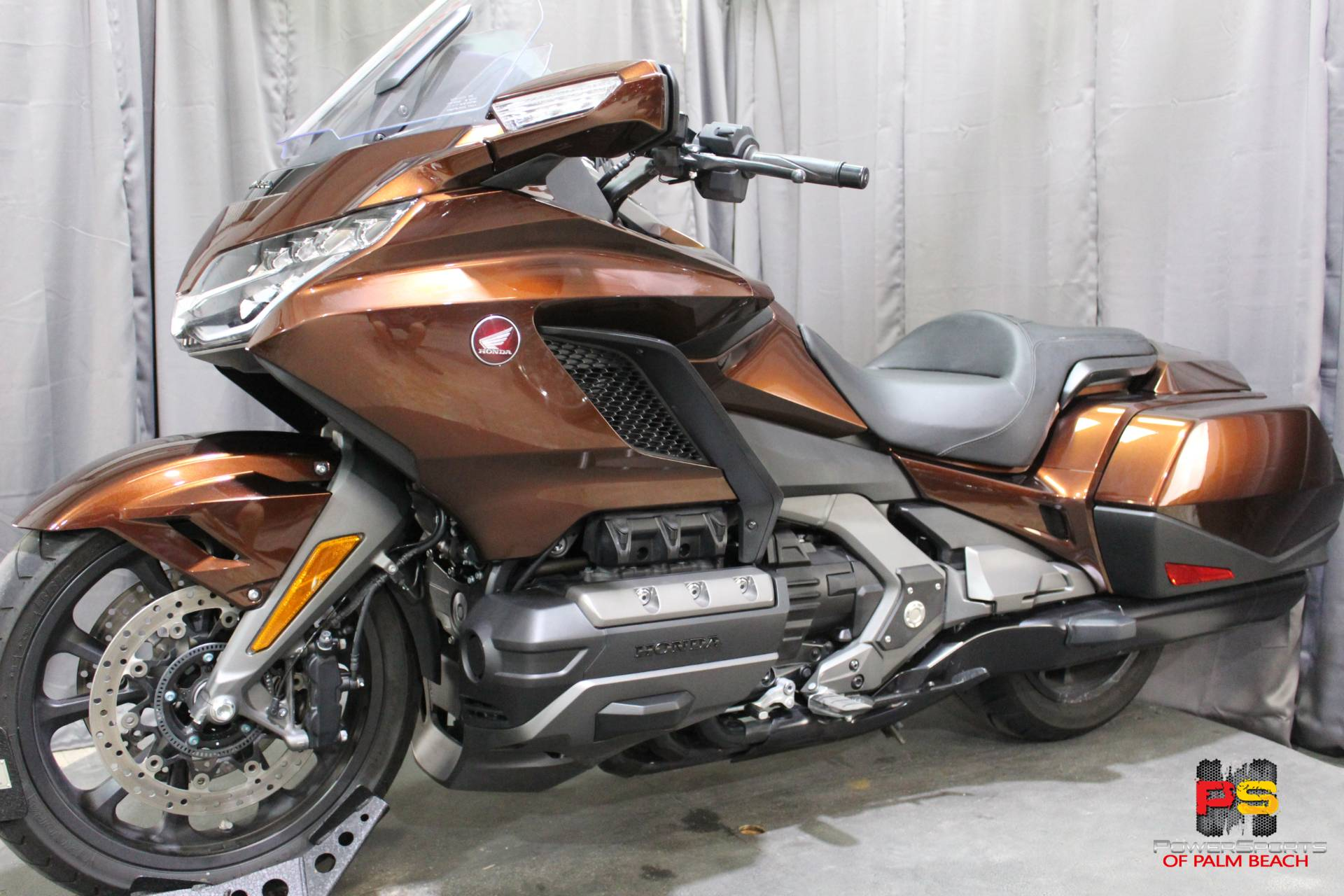 2018 Honda Gold Wing in Lake Park, Florida - Photo 15