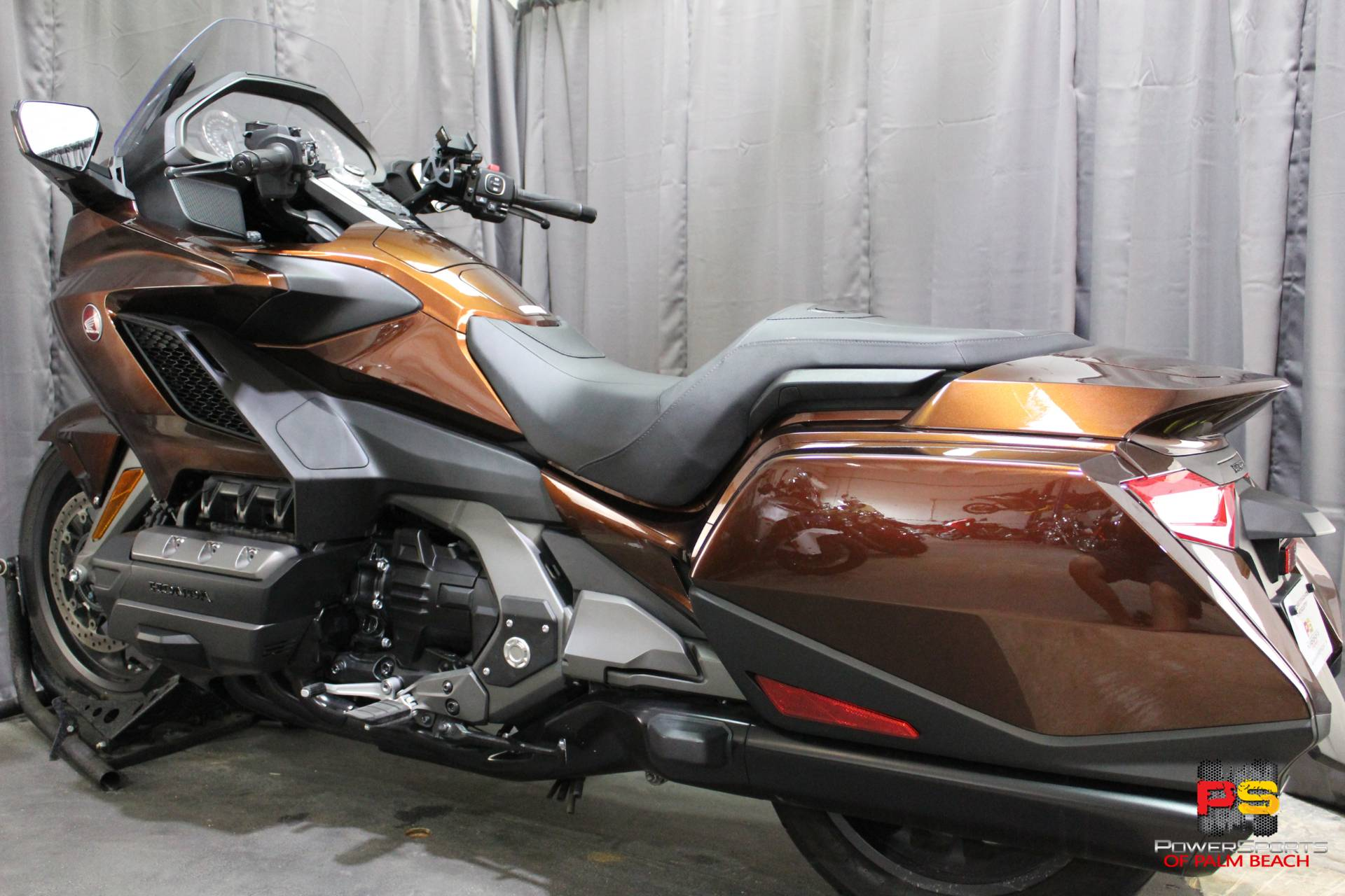 2018 Honda Gold Wing in Lake Park, Florida - Photo 22