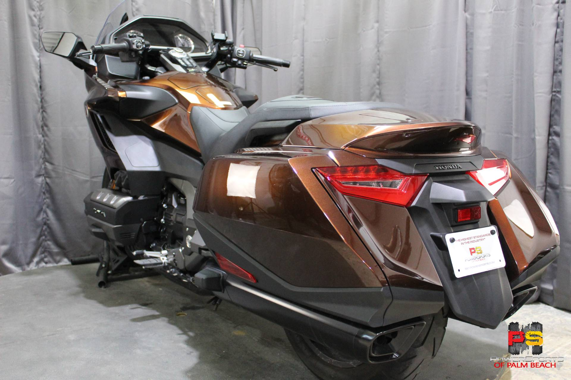2018 Honda Gold Wing in Lake Park, Florida - Photo 23