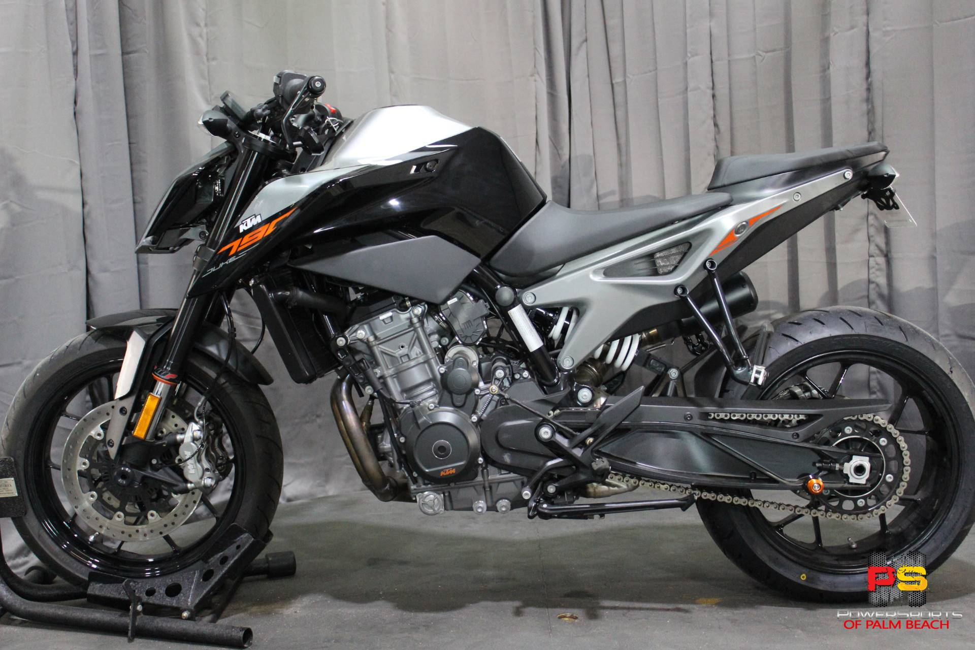 2019 KTM 790 Duke in Lake Park, Florida - Photo 16