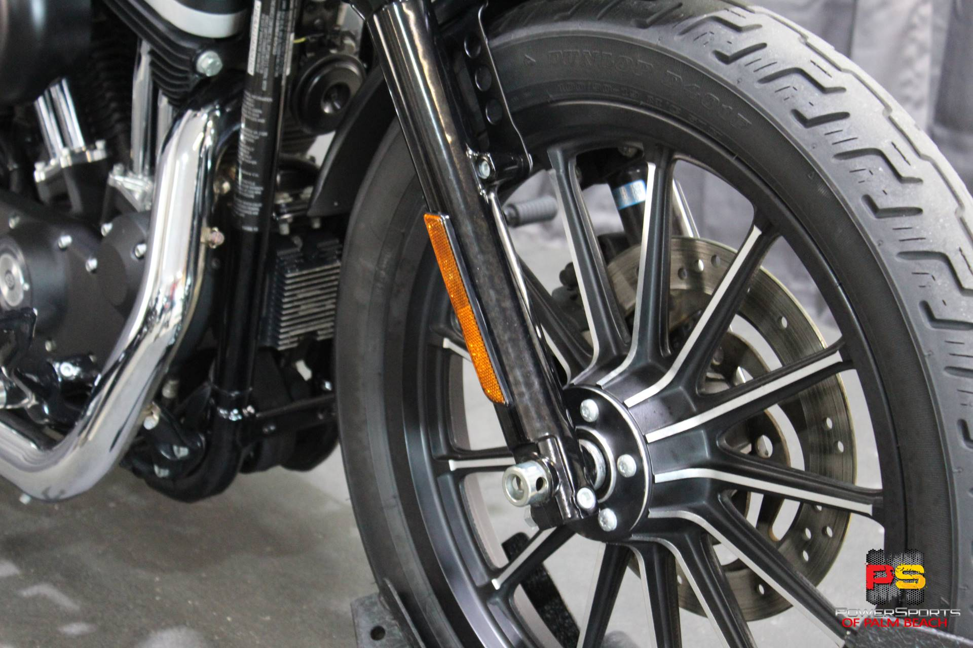 2010 Harley-Davidson Sportster® Iron 883™ in Lake Park, Florida - Photo 10