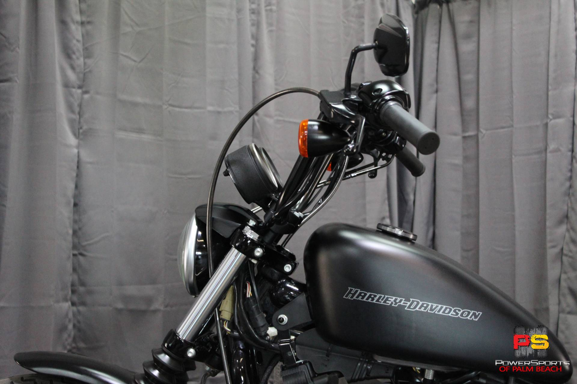 2010 Harley-Davidson Sportster® Iron 883™ in Lake Park, Florida - Photo 19