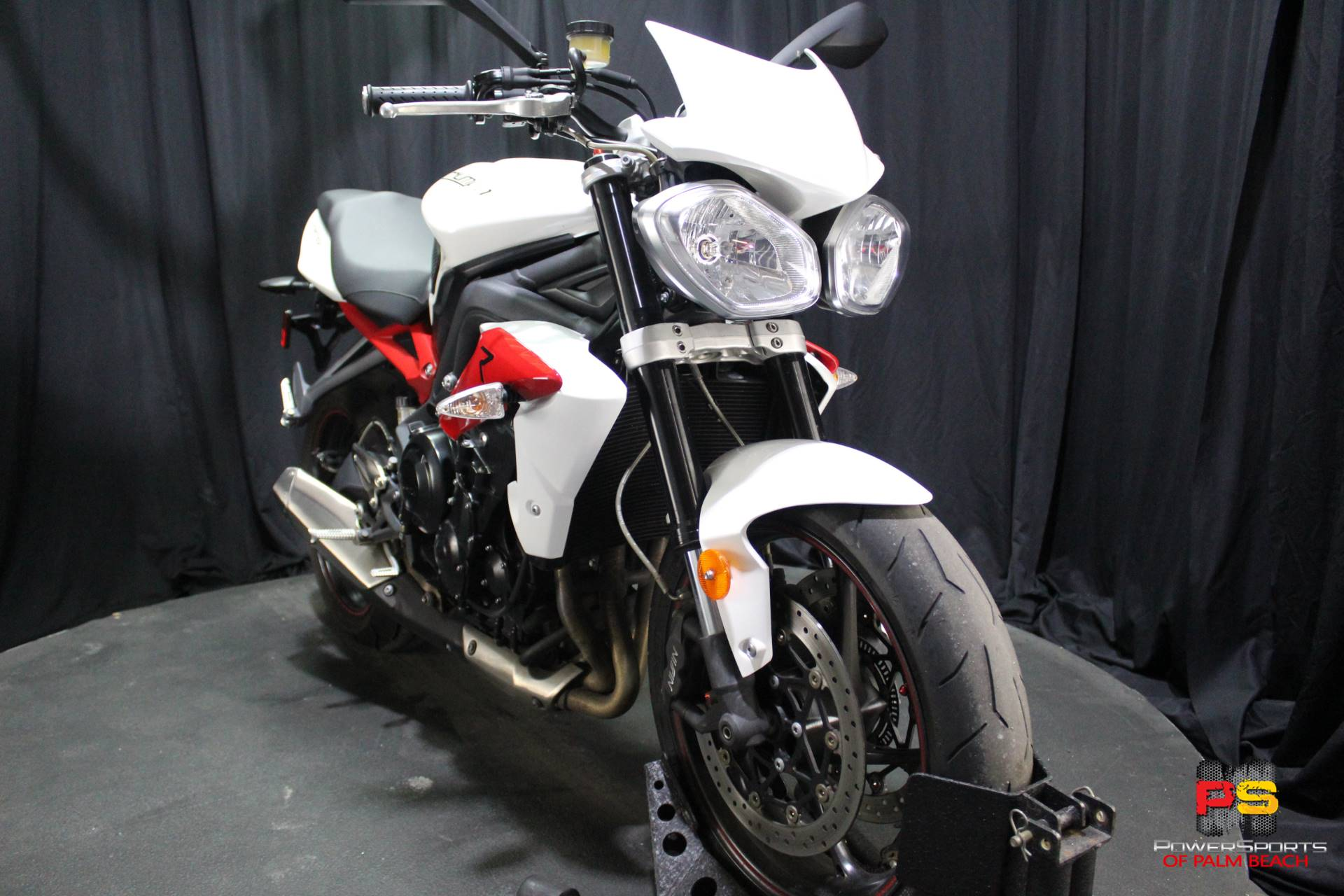 2014 Triumph Street Triple R ABS in Lake Park, Florida - Photo 9