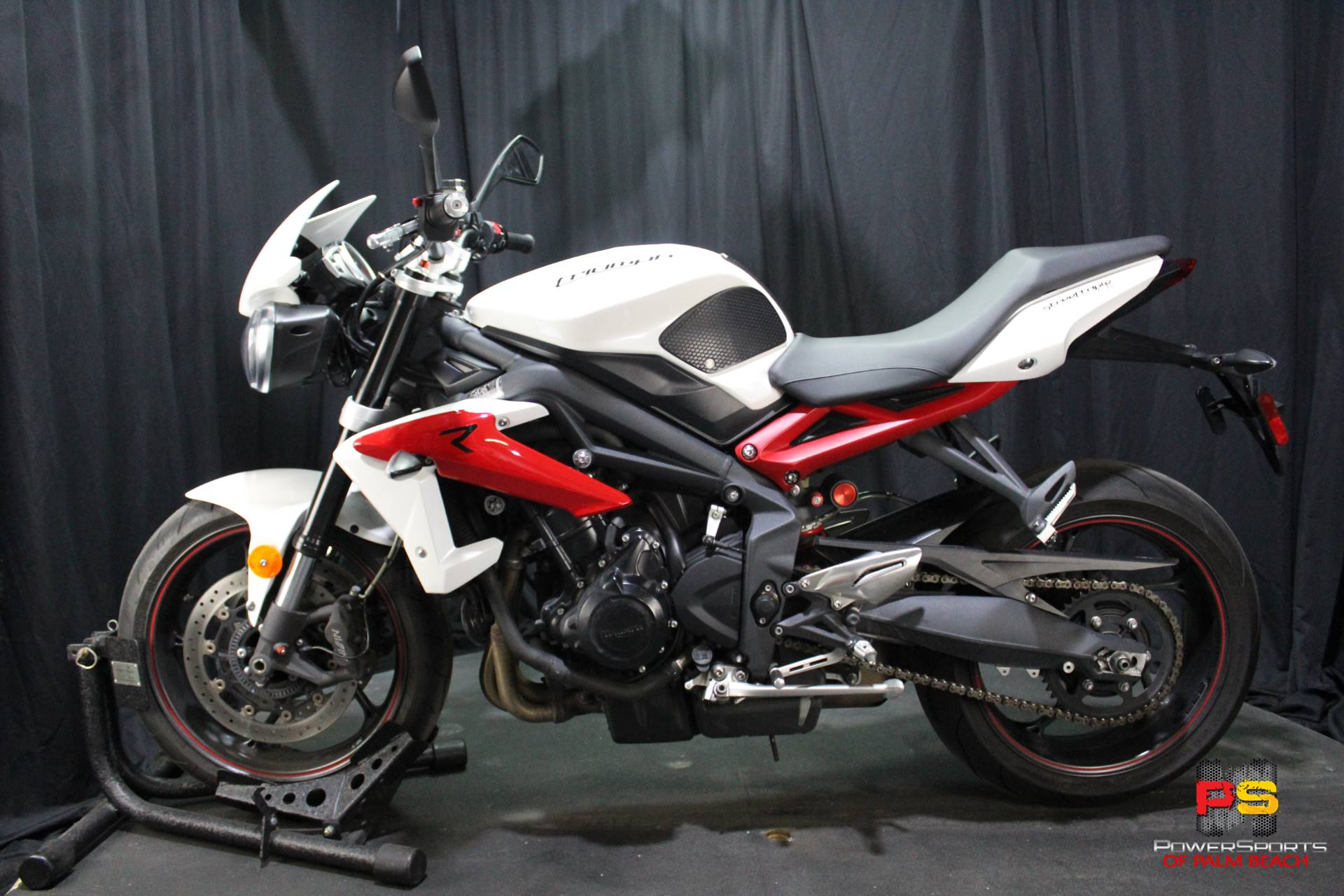 2014 Triumph Street Triple R ABS in Lake Park, Florida - Photo 17