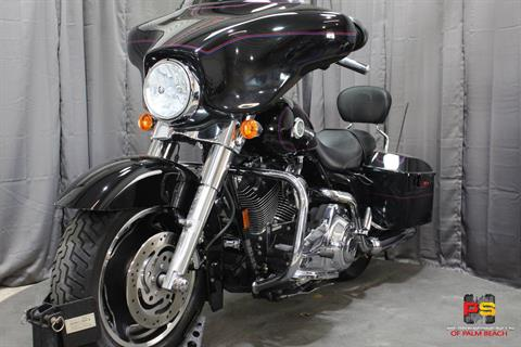 2007 Harley-Davidson Street Glide™ in Lake Park, Florida - Photo 13