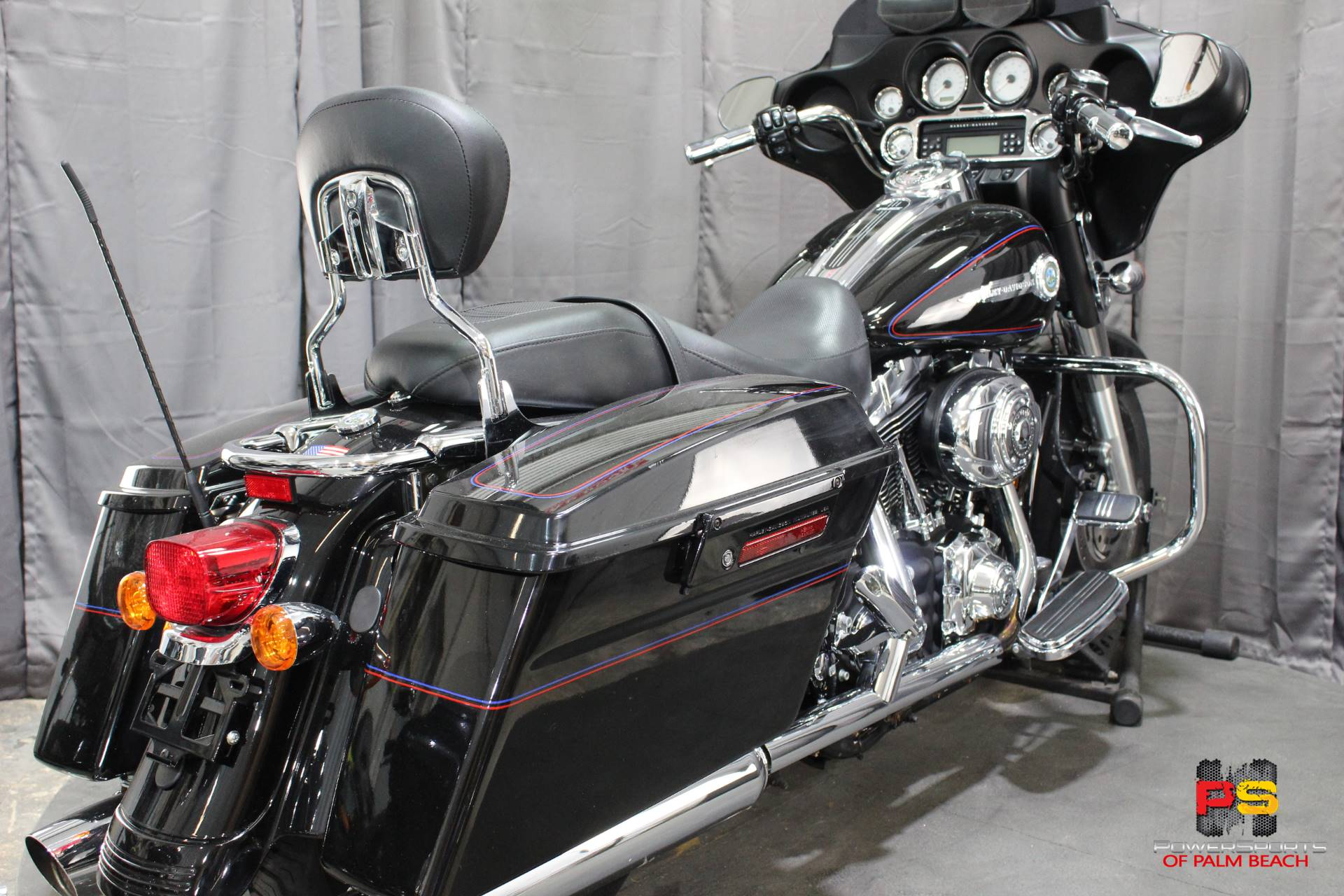 2007 Harley-Davidson Street Glide™ in Lake Park, Florida - Photo 29