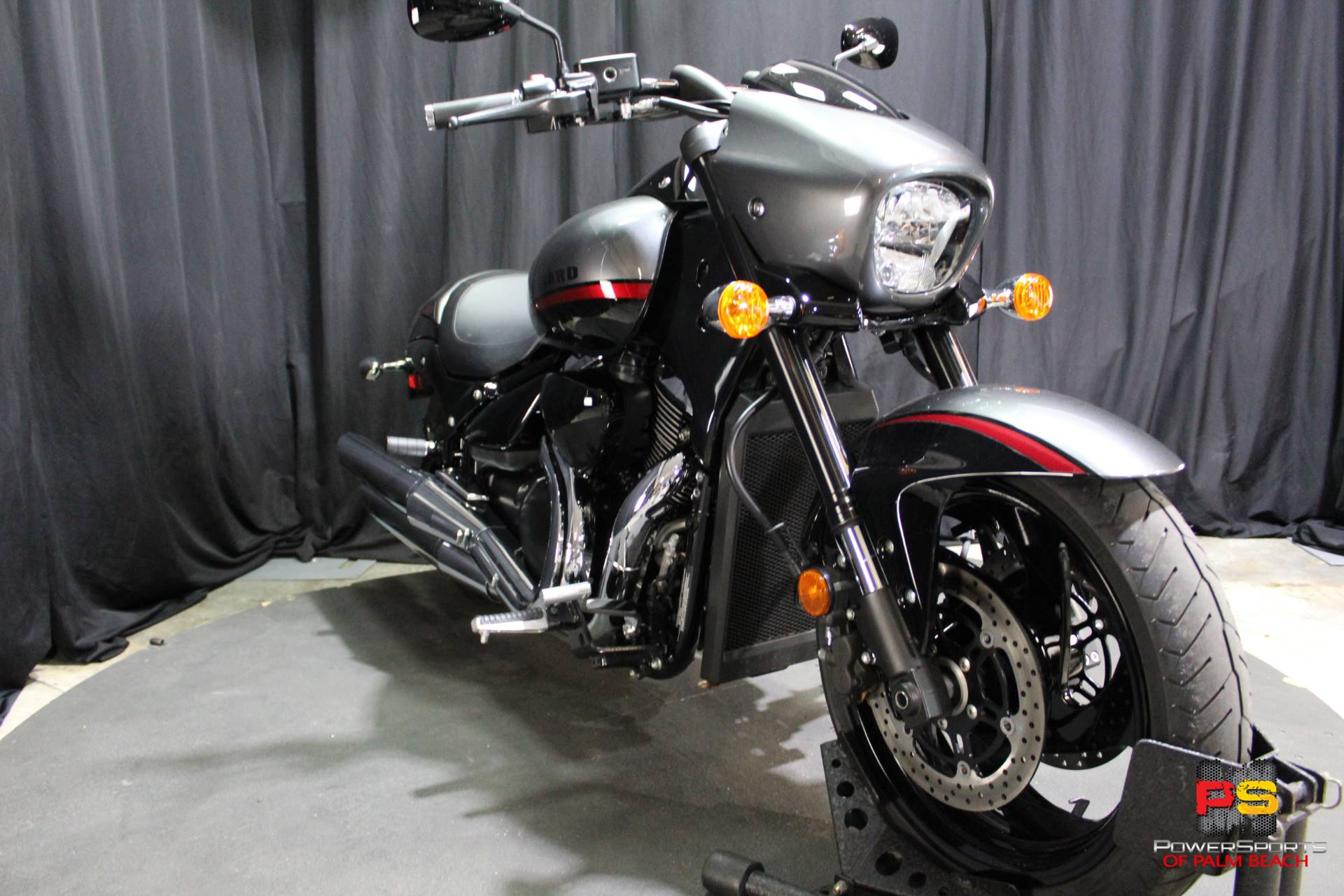 2019 Suzuki Boulevard M90 in Lake Park, Florida - Photo 9