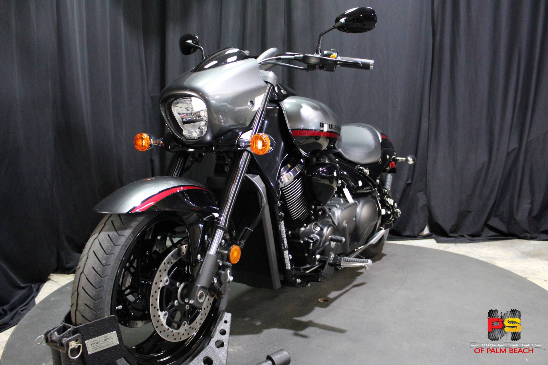 2019 Suzuki Boulevard M90 in Lake Park, Florida - Photo 14