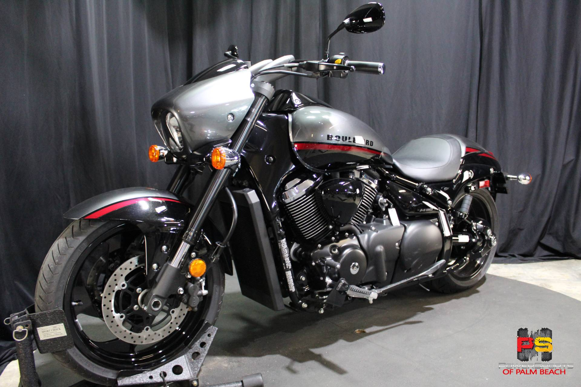 2019 Suzuki Boulevard M90 in Lake Park, Florida - Photo 15