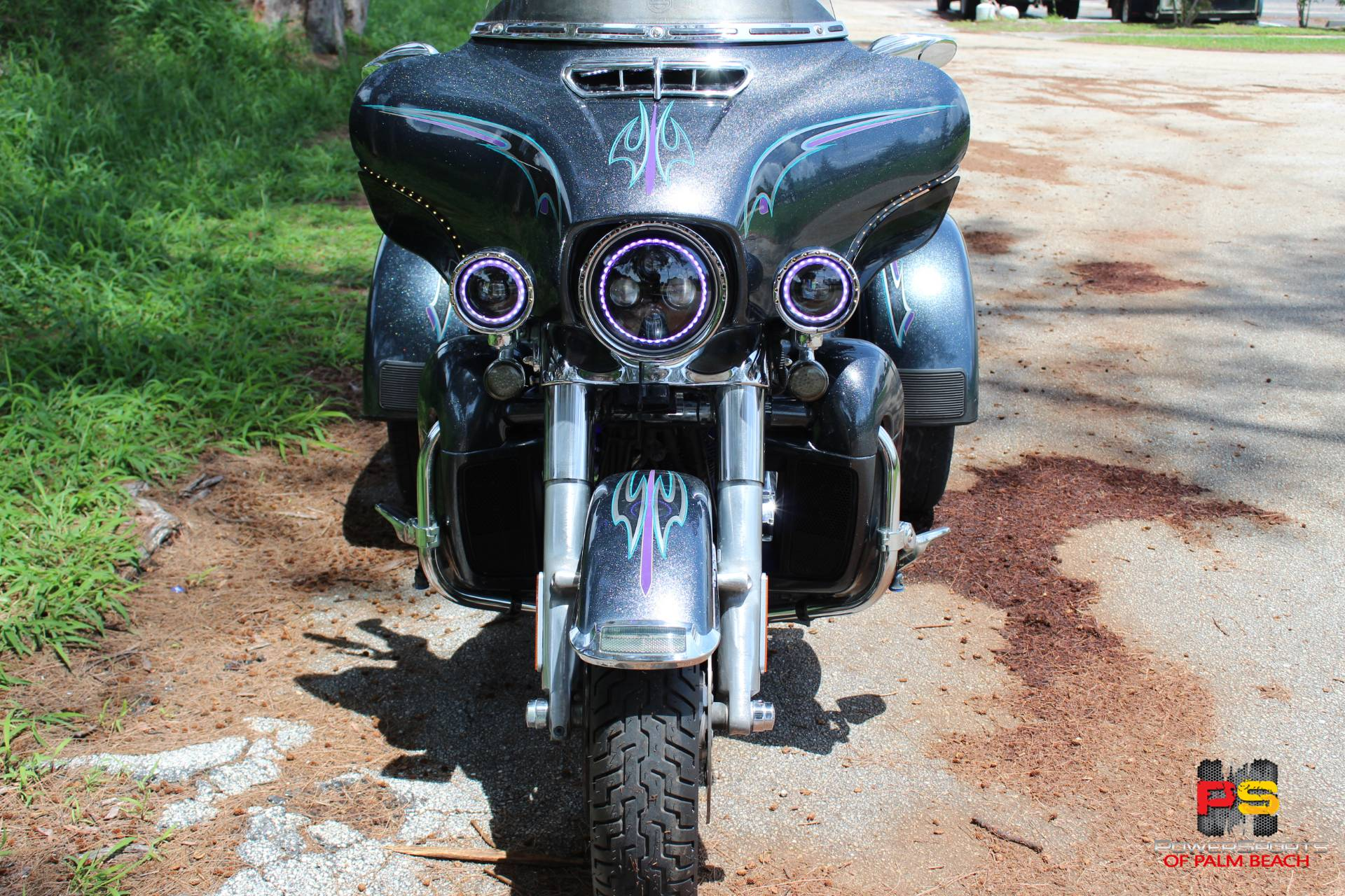 2015 Harley-Davidson Tri Glide® Ultra in Lake Park, Florida - Photo 10