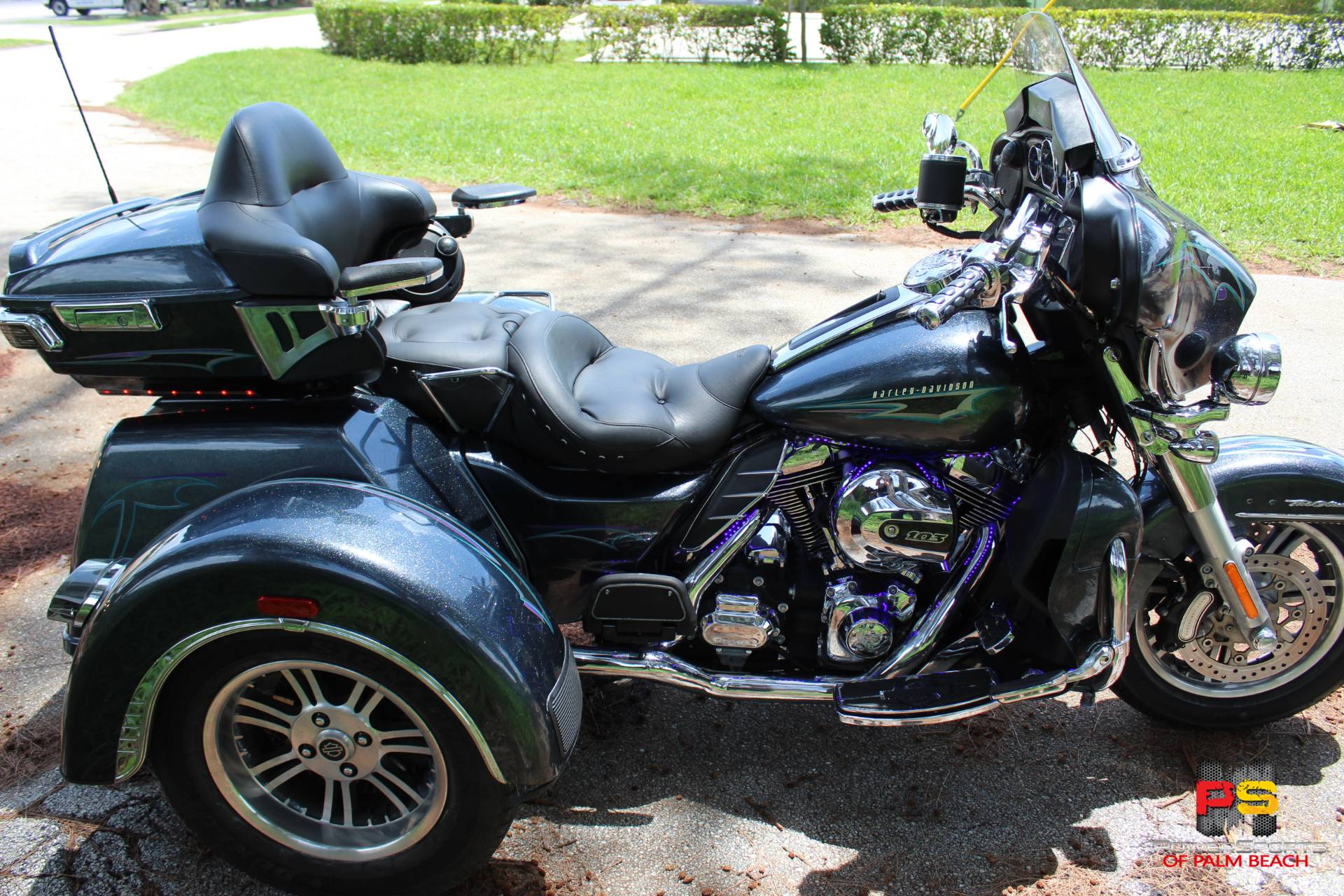 2015 Harley-Davidson Tri Glide® Ultra in Lake Park, Florida - Photo 13