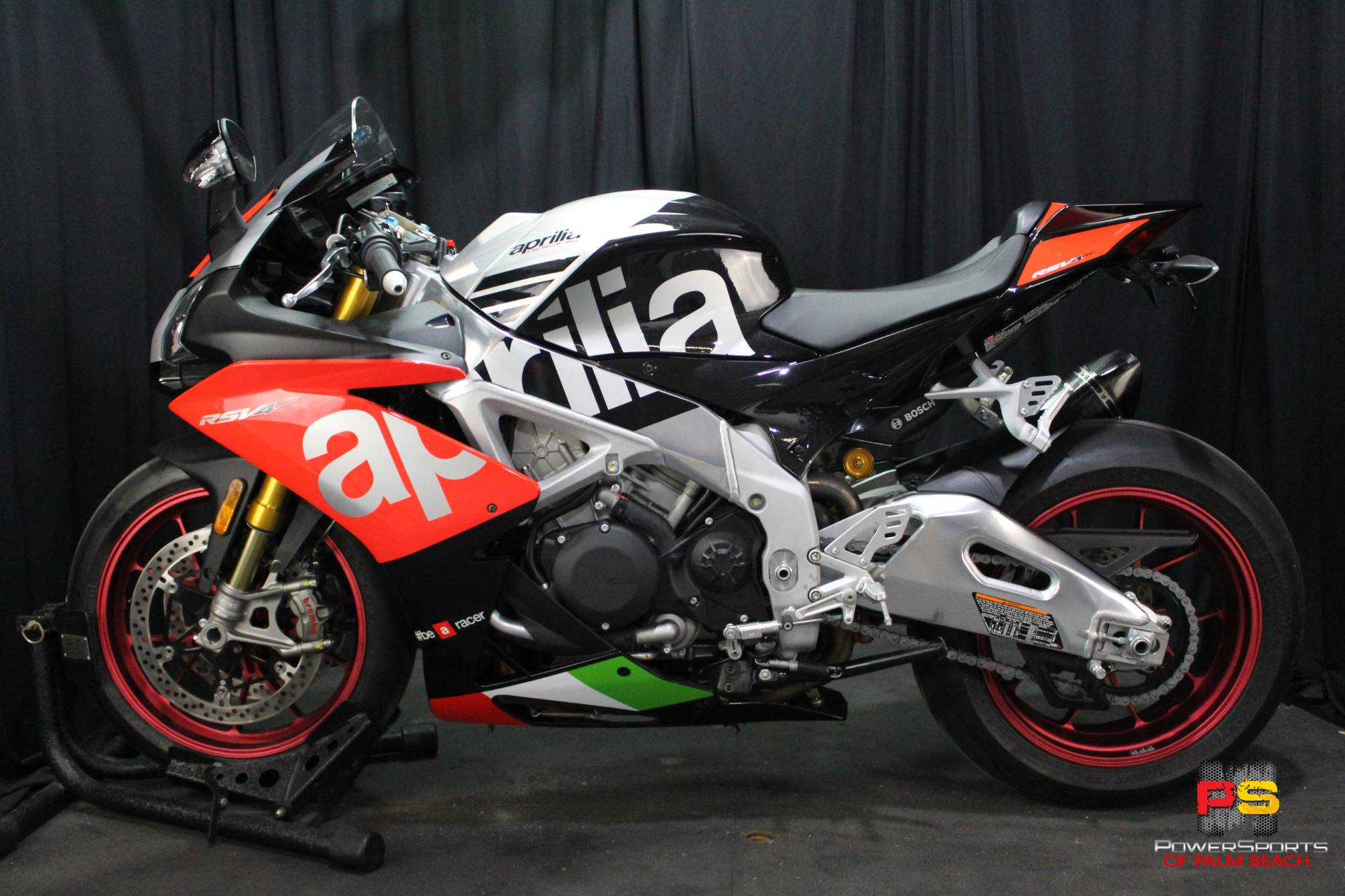 2018 Aprilia RSV4 RF in Lake Park, Florida - Photo 16