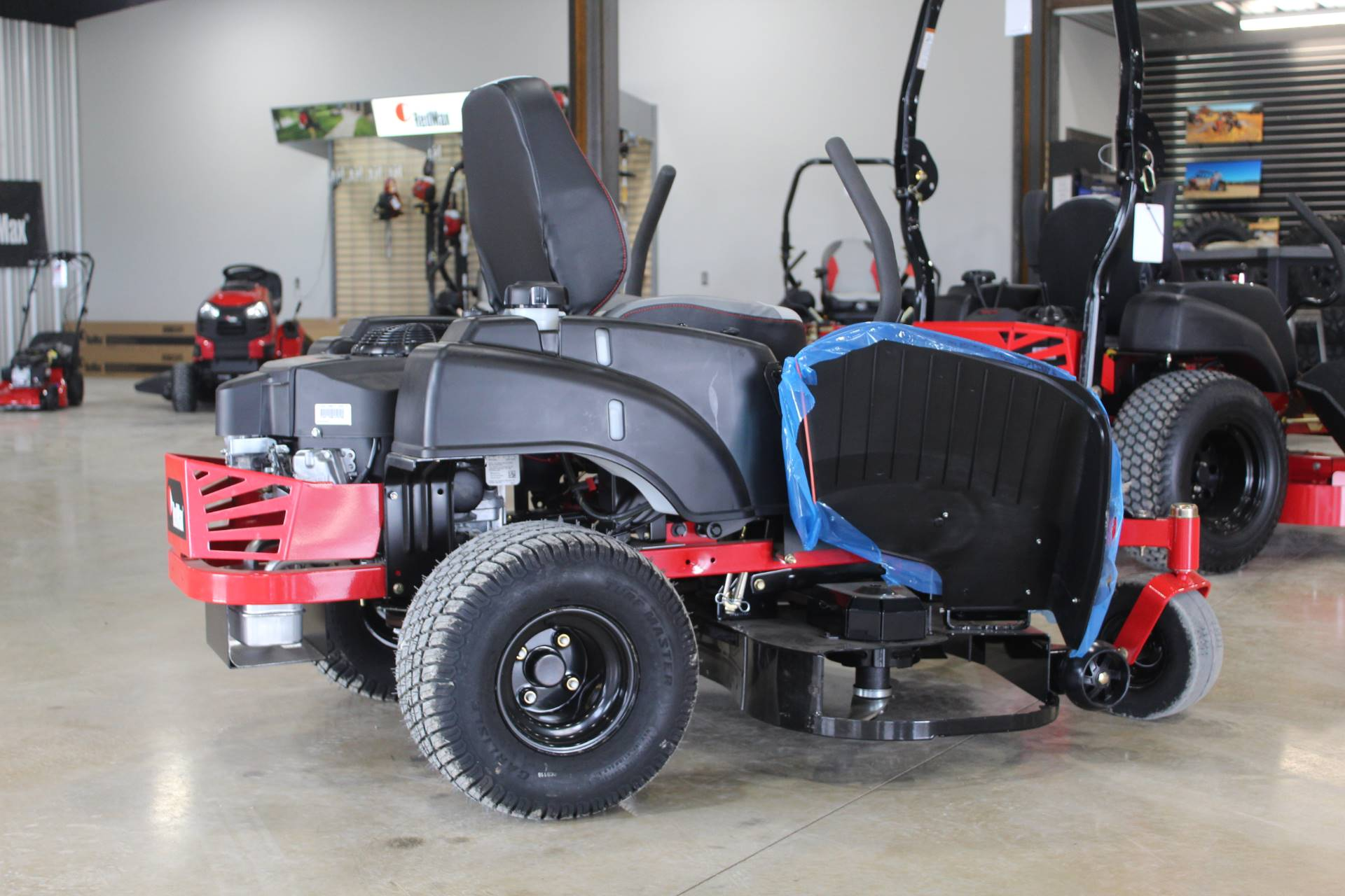 2019 RedMax RZT48 Zero Turn Mowers in Ada, Oklahoma - Photo 2