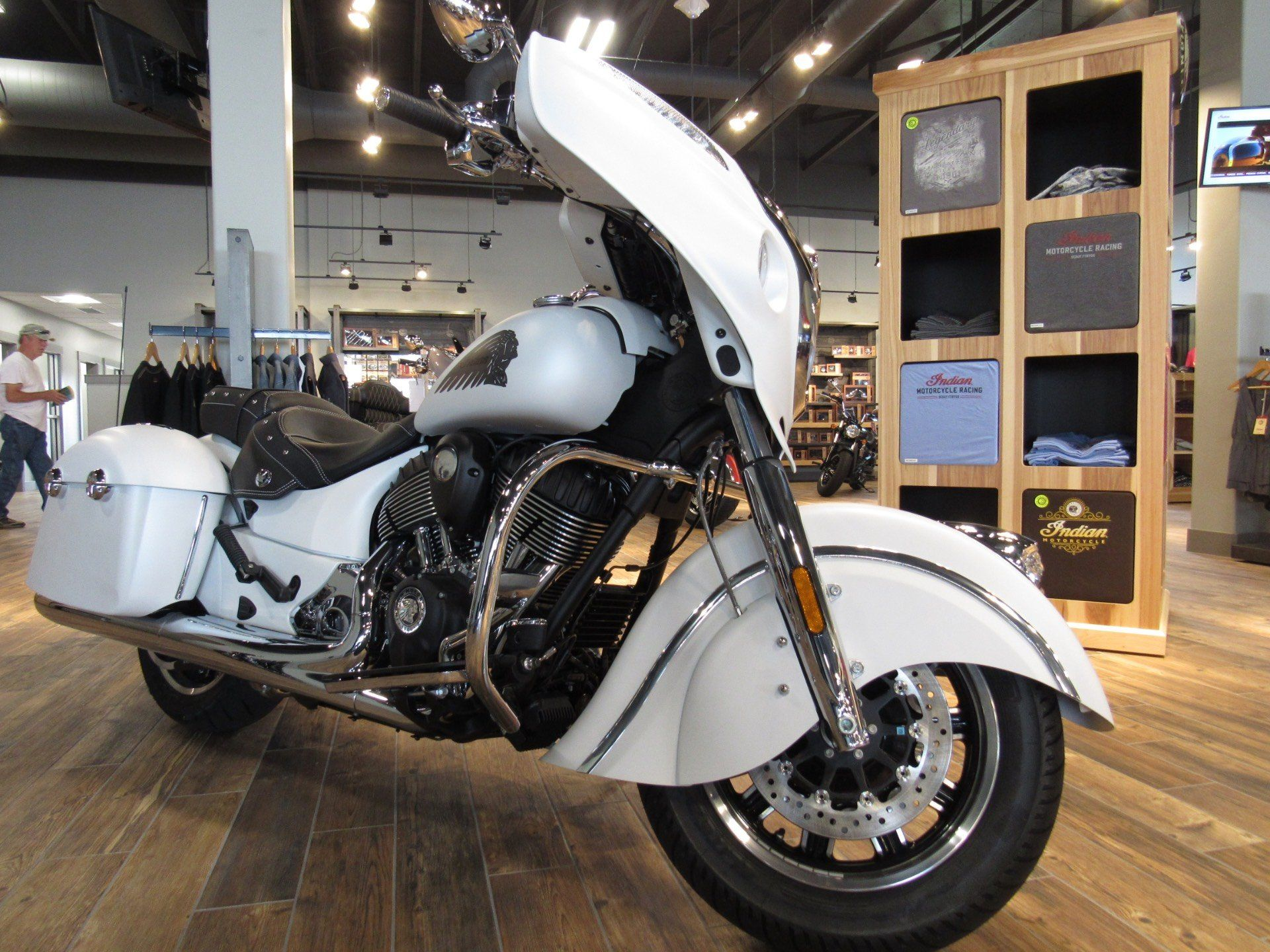 2017 Indian Chieftain 3