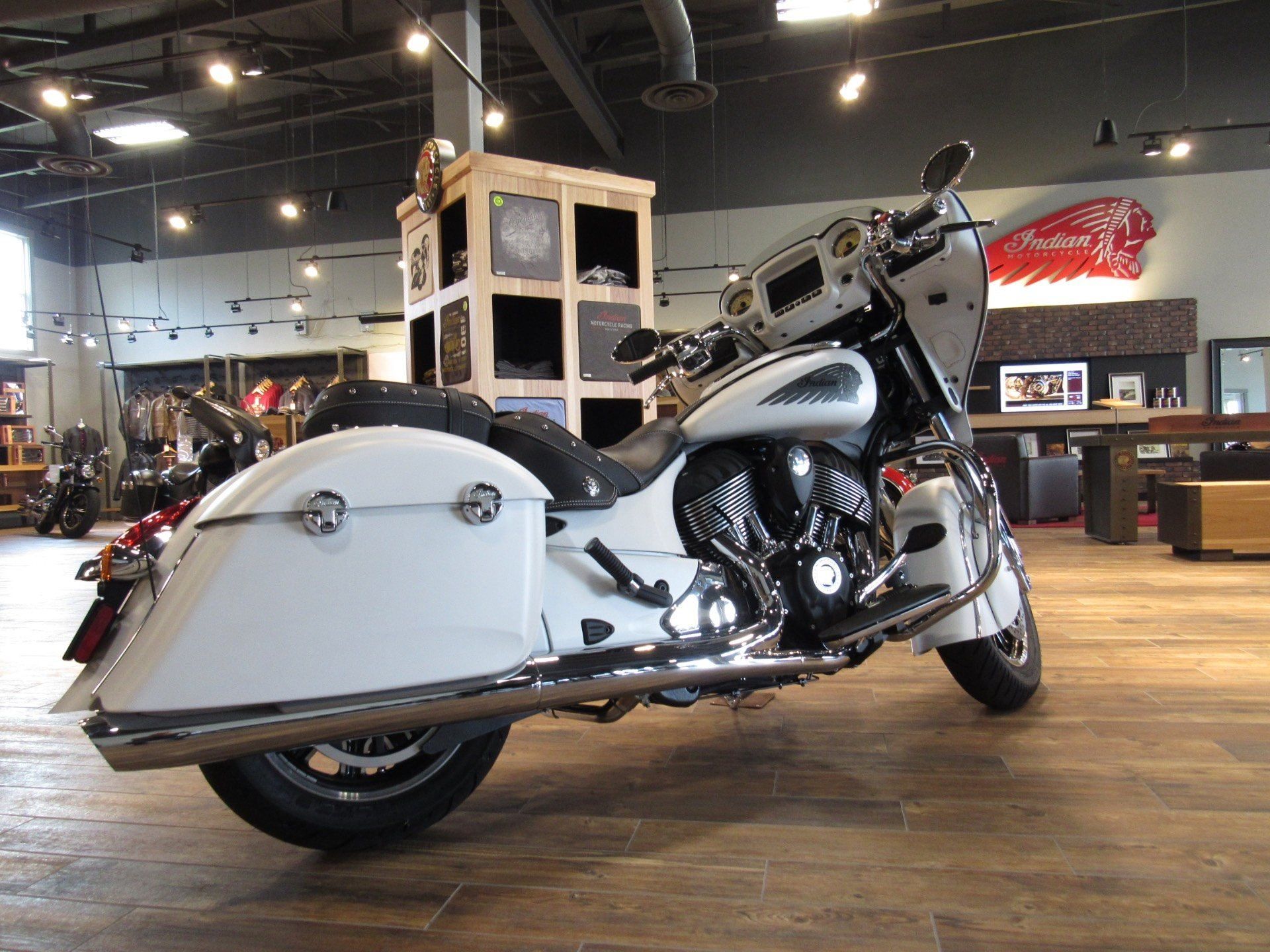 2017 Indian Chieftain 4