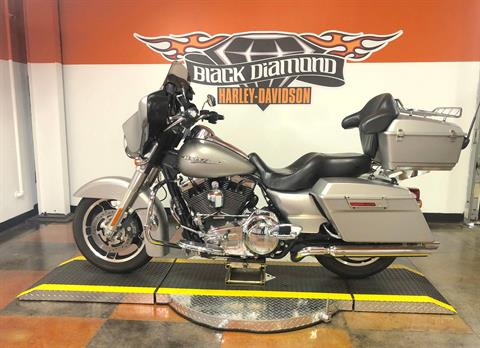 2009 Harley-Davidson Street Glide® in Marion, Illinois - Photo 3