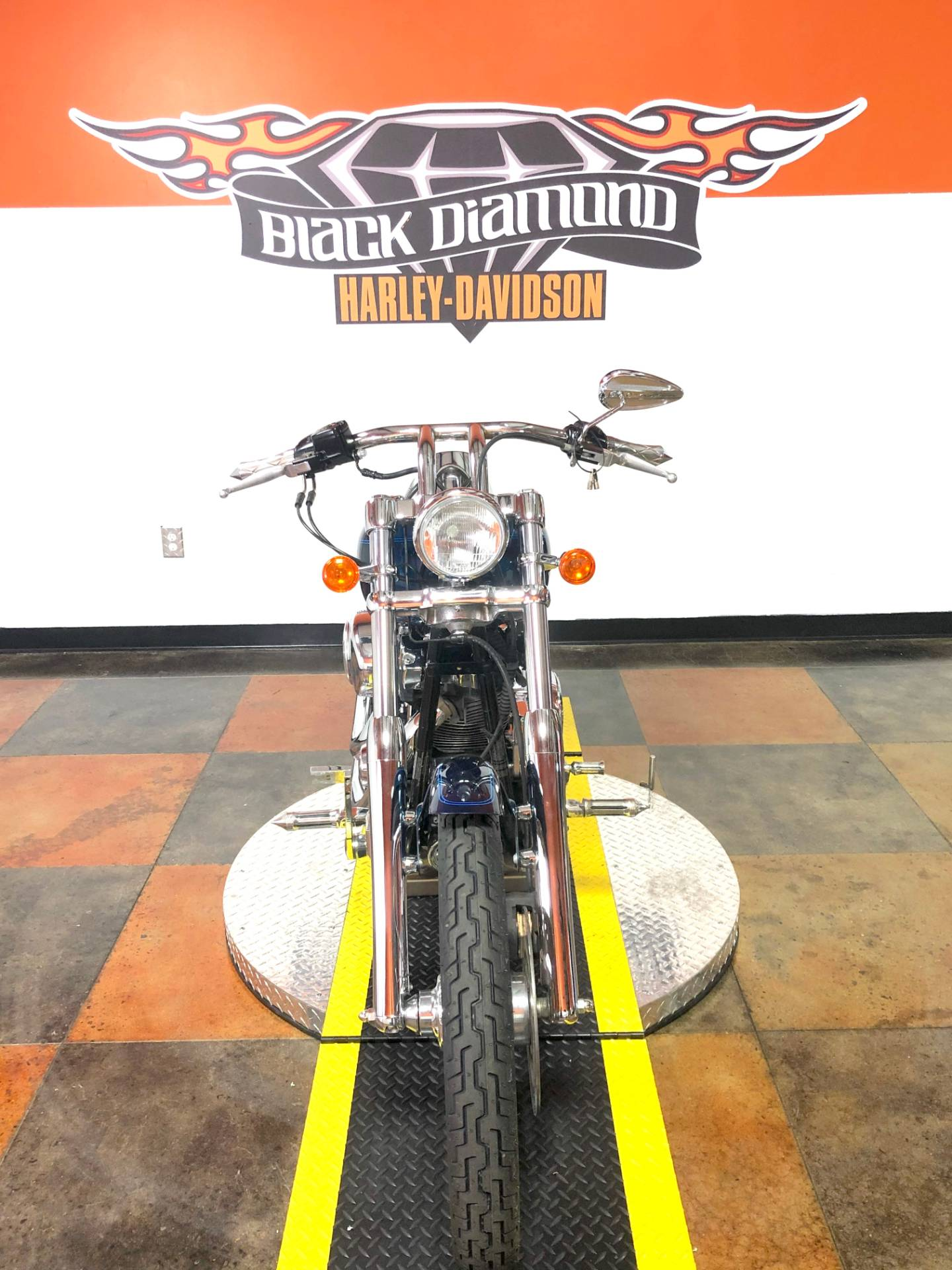 2002 Harley-Davidson FXSTD/FXSTDI Softail®  Deuce™ in Marion, Illinois - Photo 2
