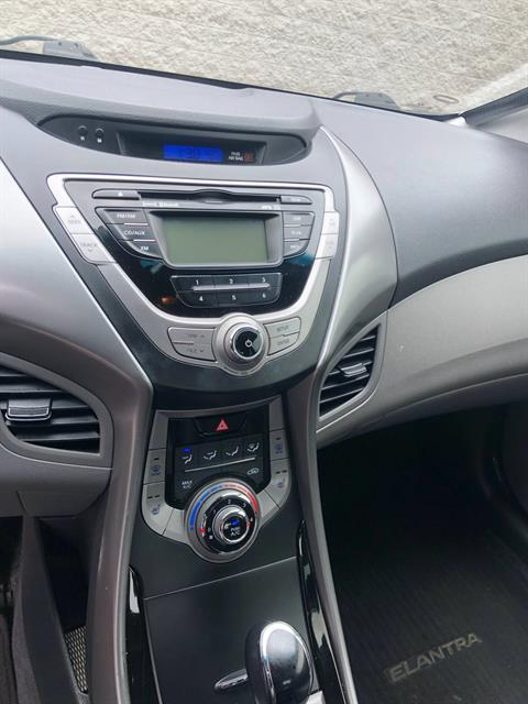 2013 Hyundai ELANTRA in Marion, Illinois - Photo 6