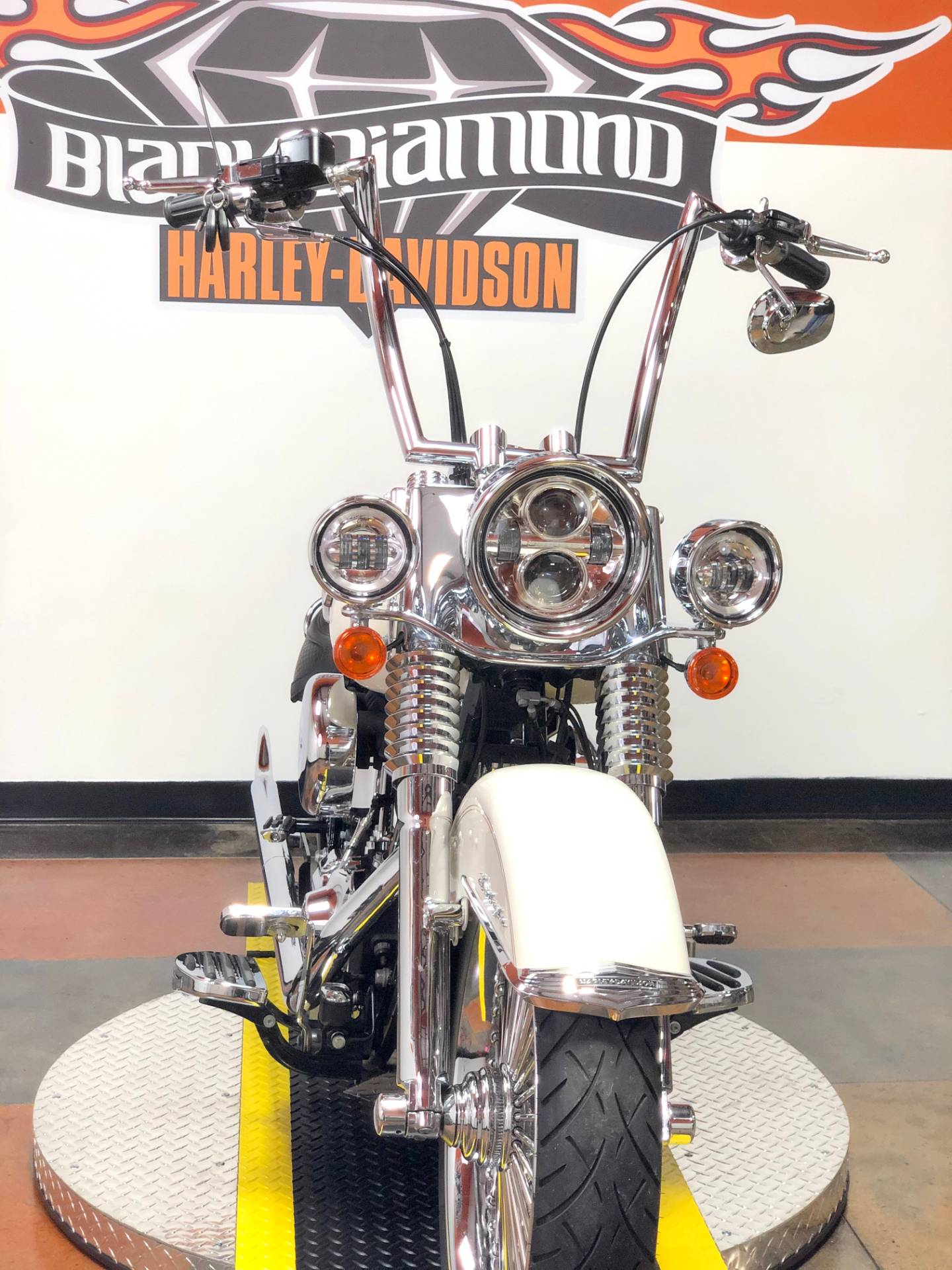 2014 Harley-Davidson Softail® Deluxe in Marion, Illinois - Photo 5