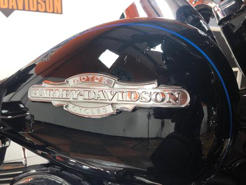 2015 Harley-Davidson Ultra Limited in Marion, Illinois - Photo 5