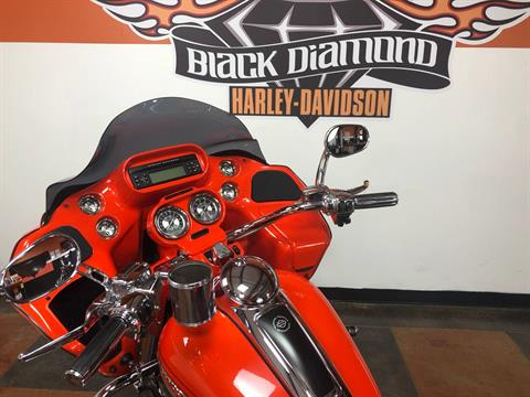 2009 Harley-Davidson CVO™ Road Glide® in Marion, Illinois - Photo 18
