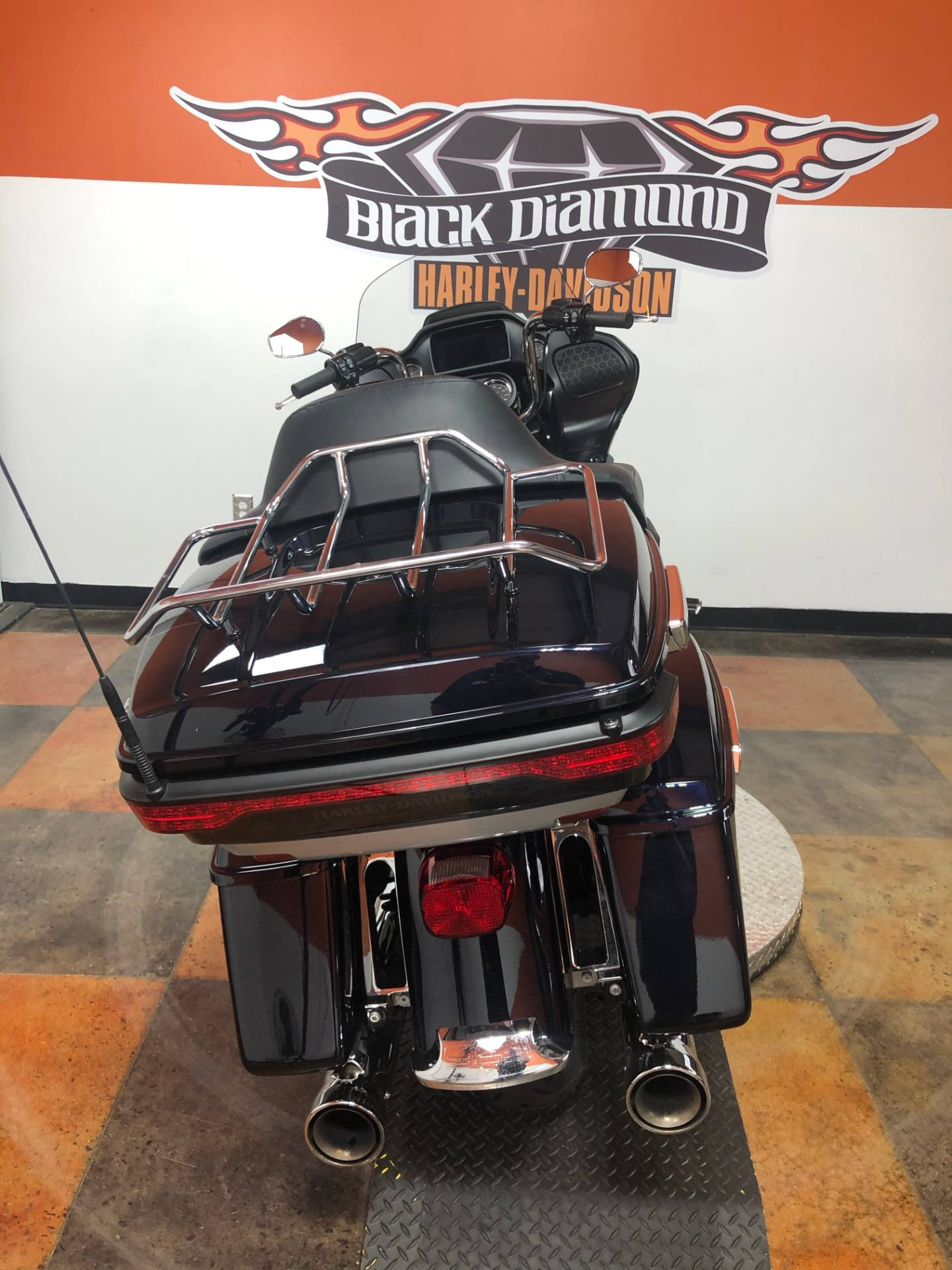 2019 Harley-Davidson Road Glide® Ultra in Marion, Illinois - Photo 9