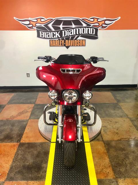 2016 Harley-Davidson Street Glide® Special in Marion, Illinois - Photo 2