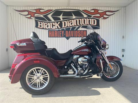 2015 Harley-Davidson Tri Glide® Ultra in Marion, Illinois - Photo 1