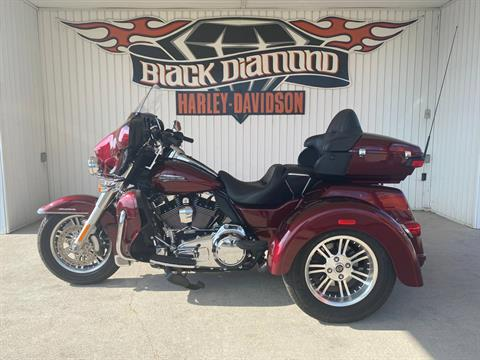 2015 Harley-Davidson Tri Glide® Ultra in Marion, Illinois - Photo 3