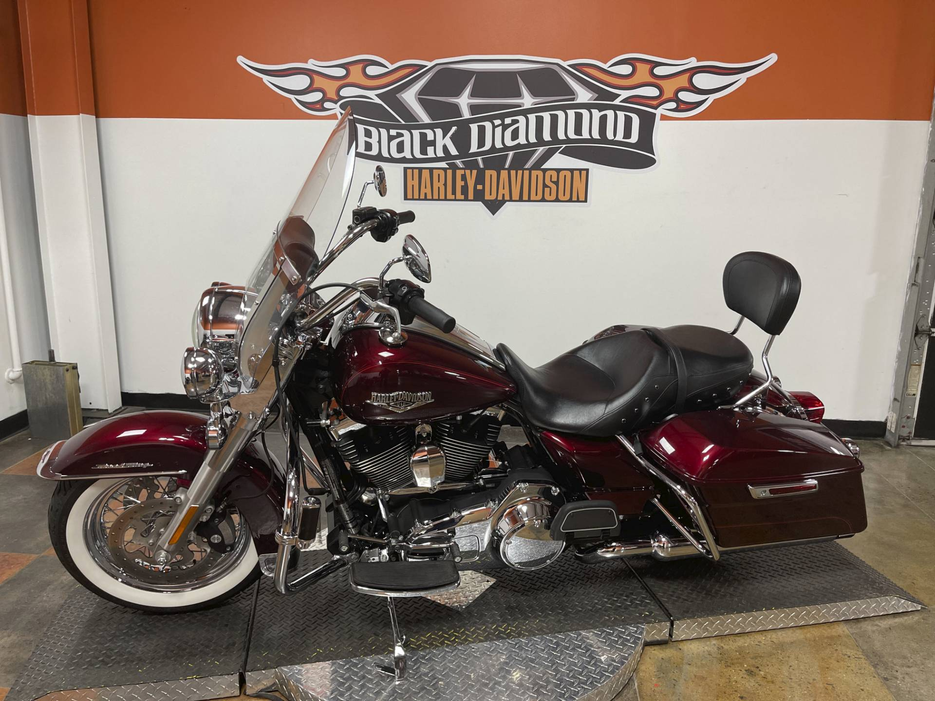 2014 Harley-Davidson Road King® in Marion, Illinois - Photo 5