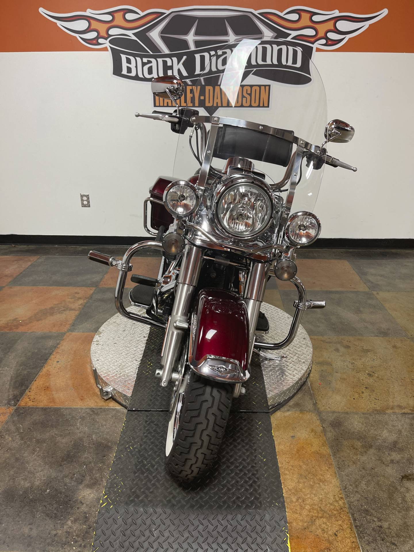 2014 Harley-Davidson Road King® in Marion, Illinois - Photo 6