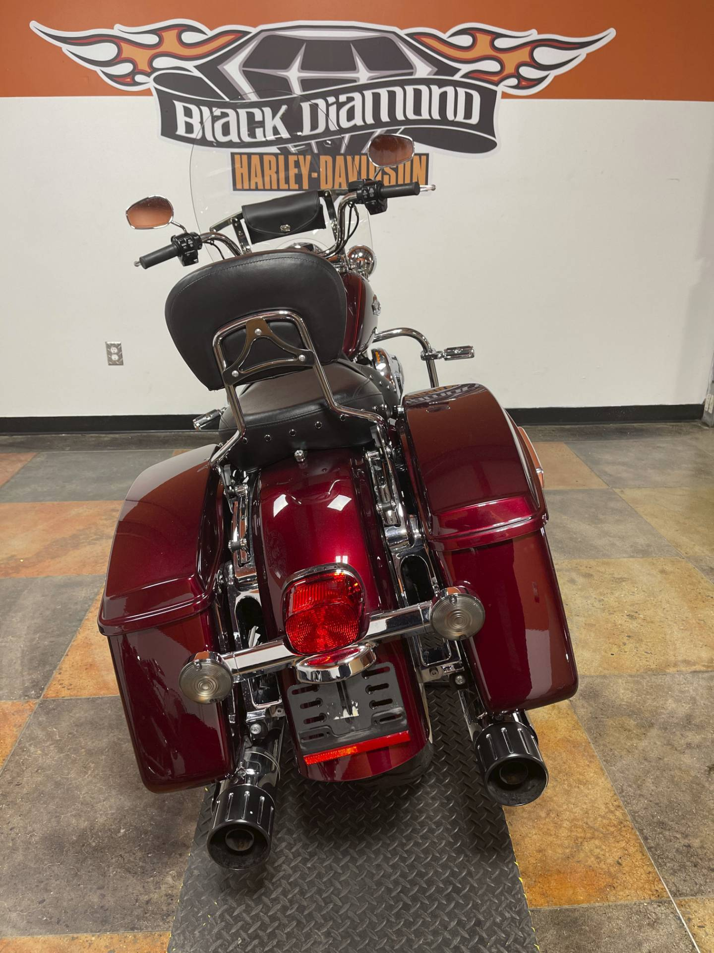 2014 Harley-Davidson Road King® in Marion, Illinois - Photo 8