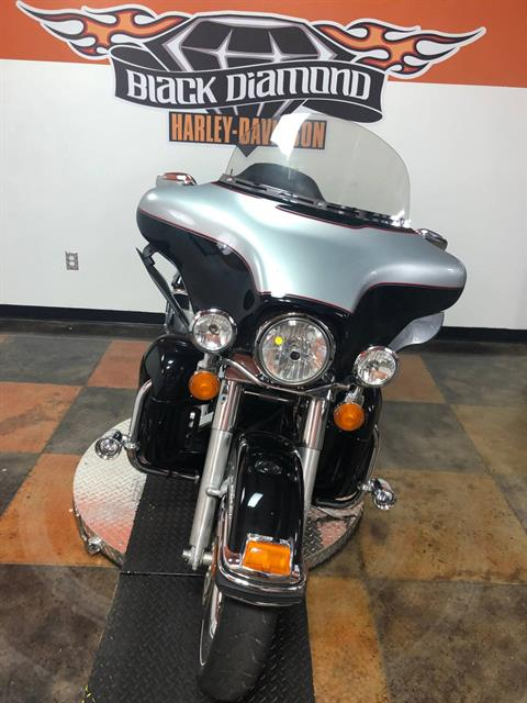 2010 Harley-Davidson Ultra Classic® Electra Glide® in Marion, Illinois - Photo 3