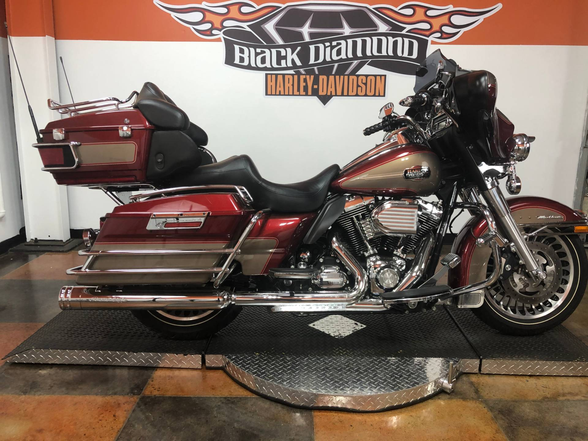 2009 Harley-Davidson Ultra Classic® Electra Glide® in Marion, Illinois - Photo 1