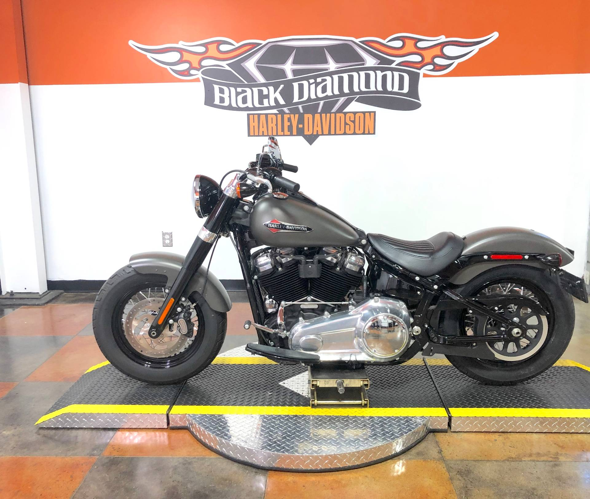 2018 Harley-Davidson Softail Slim® 107 in Marion, Illinois - Photo 3