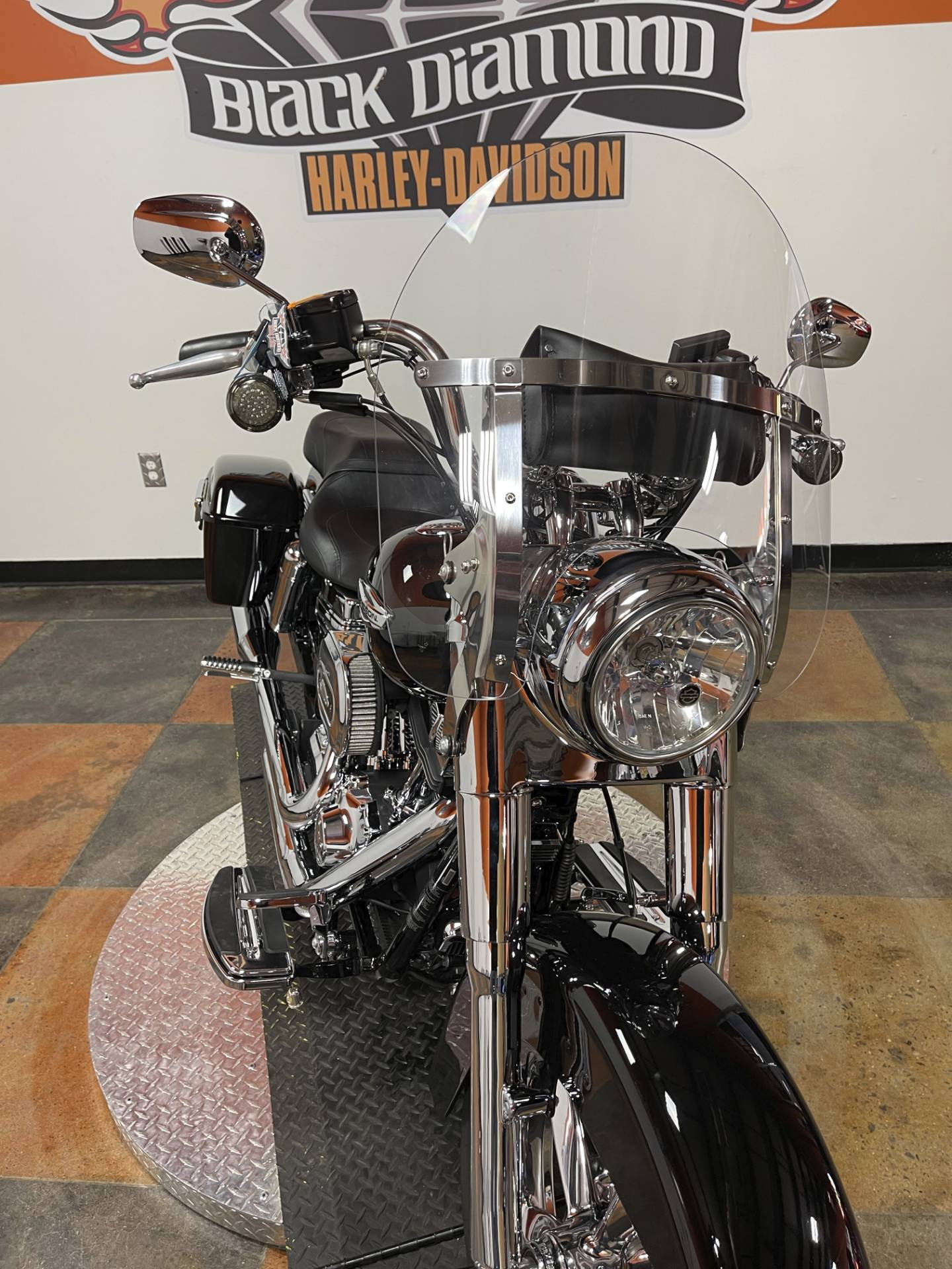 2015 Harley-Davidson Switchback™ in Marion, Illinois - Photo 5