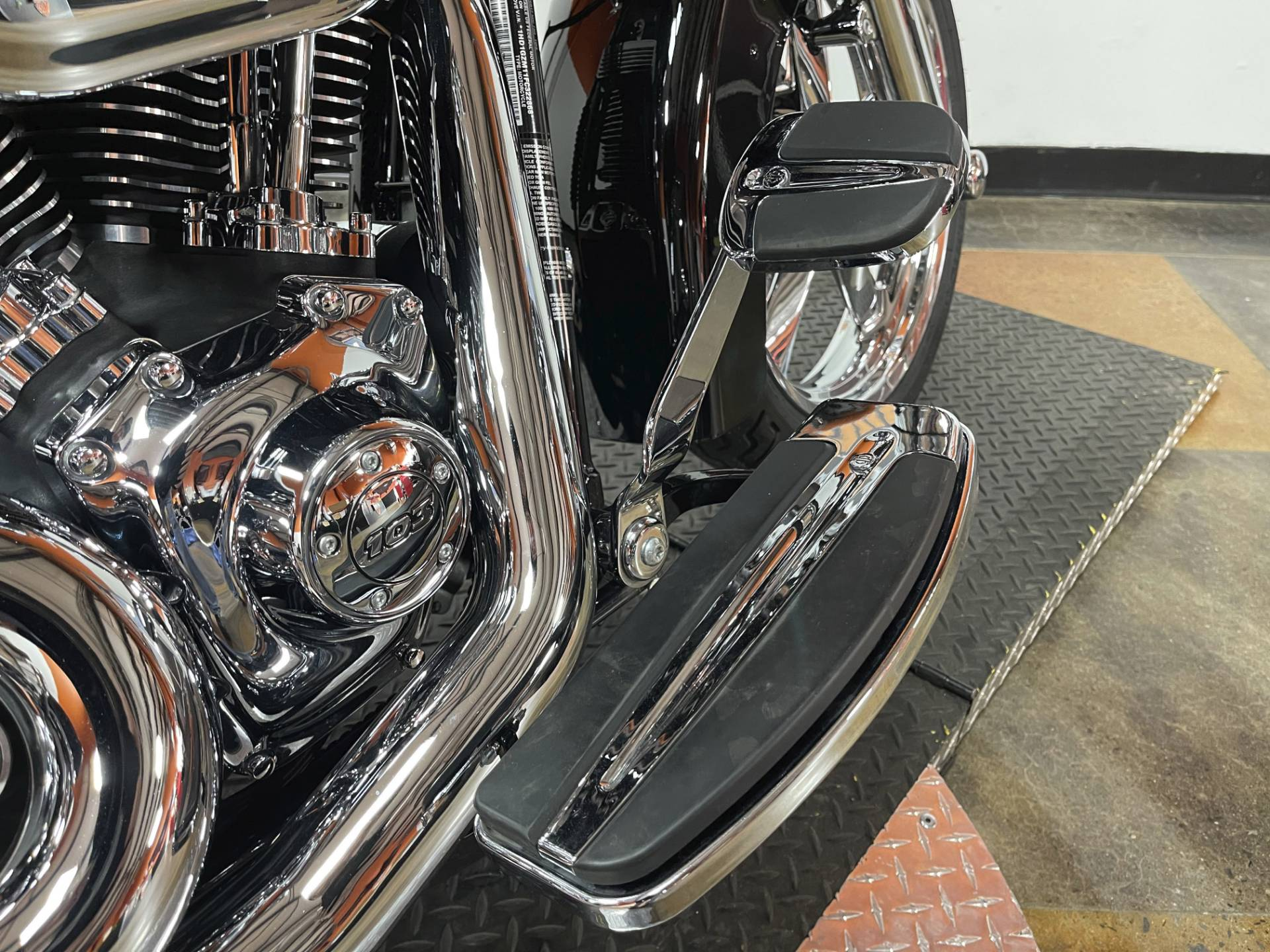 2015 Harley-Davidson Switchback™ in Marion, Illinois - Photo 14