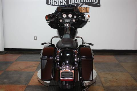 2013 Harley-Davidson Street Glide® in Marion, Illinois - Photo 2