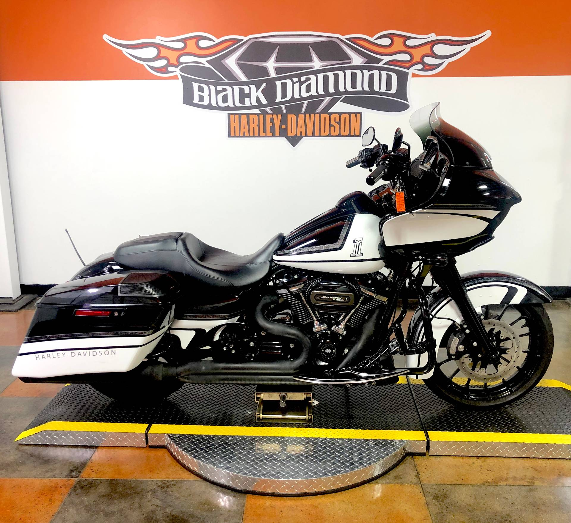 2018 Harley-Davidson Road Glide® Special in Marion, Illinois - Photo 1