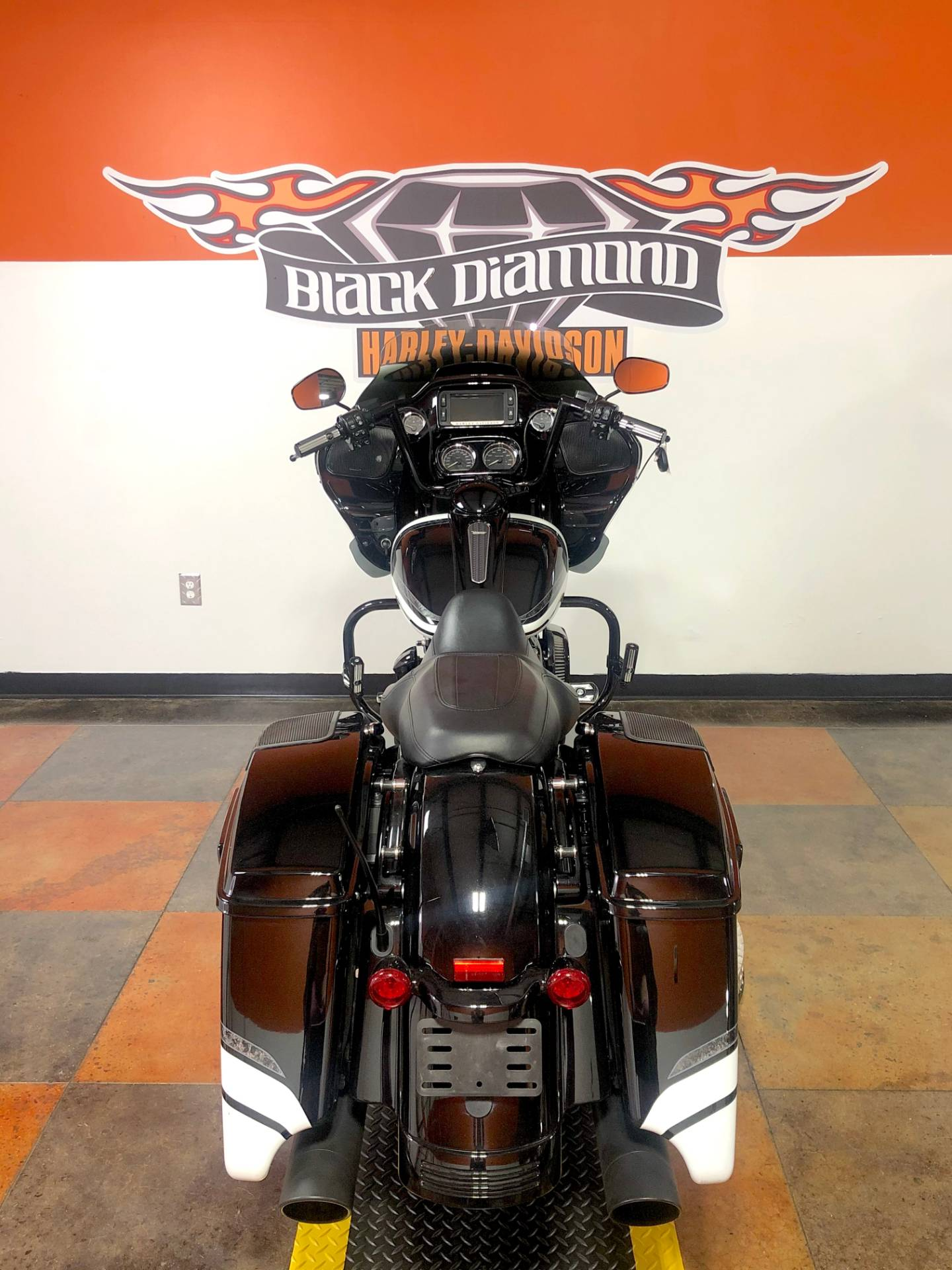 2018 Harley-Davidson Road Glide® Special in Marion, Illinois - Photo 4