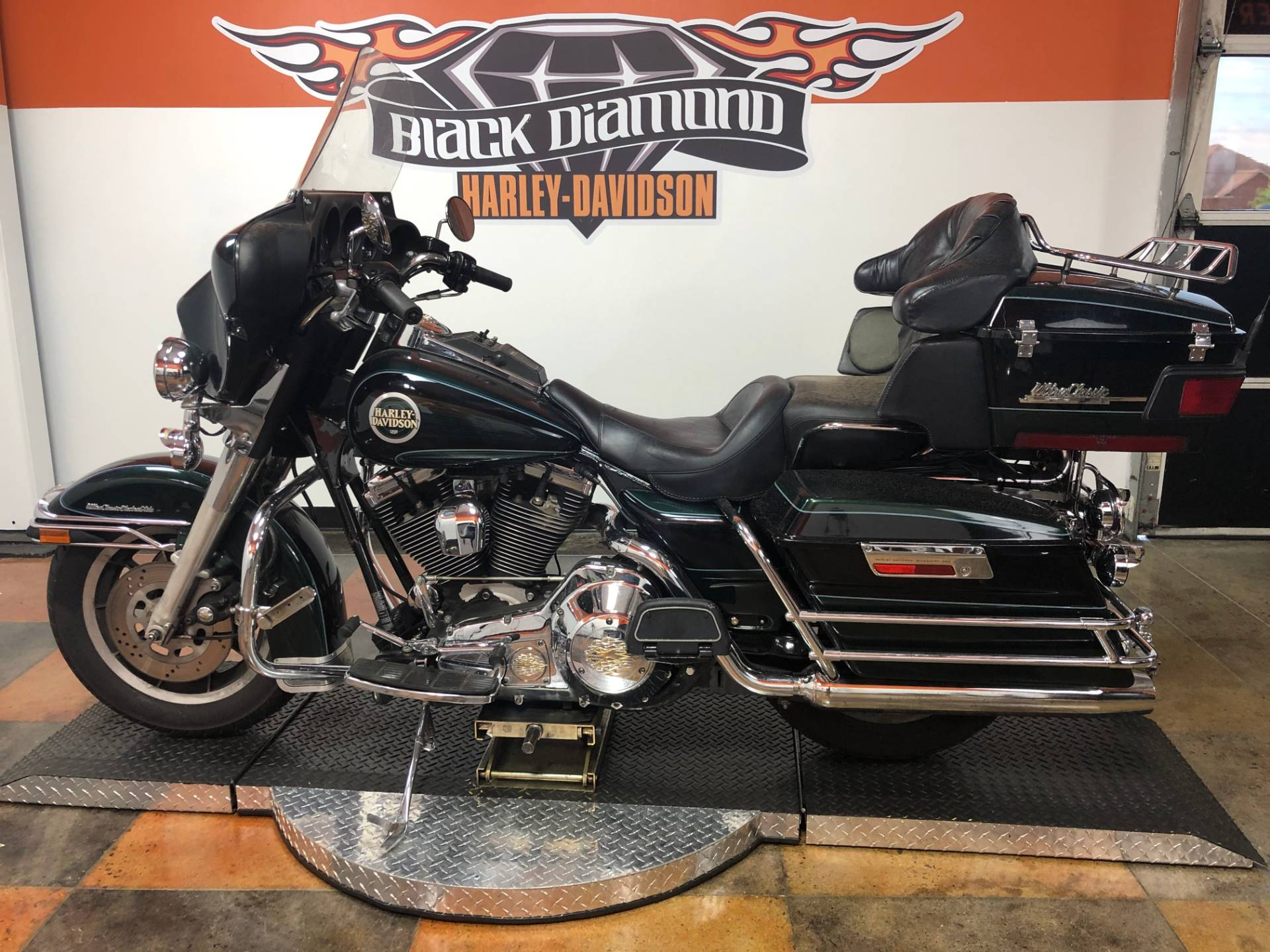1996 Harley-Davidson FLHTCUI Electra Glide Ultra Shriner in Marion, Illinois - Photo 8