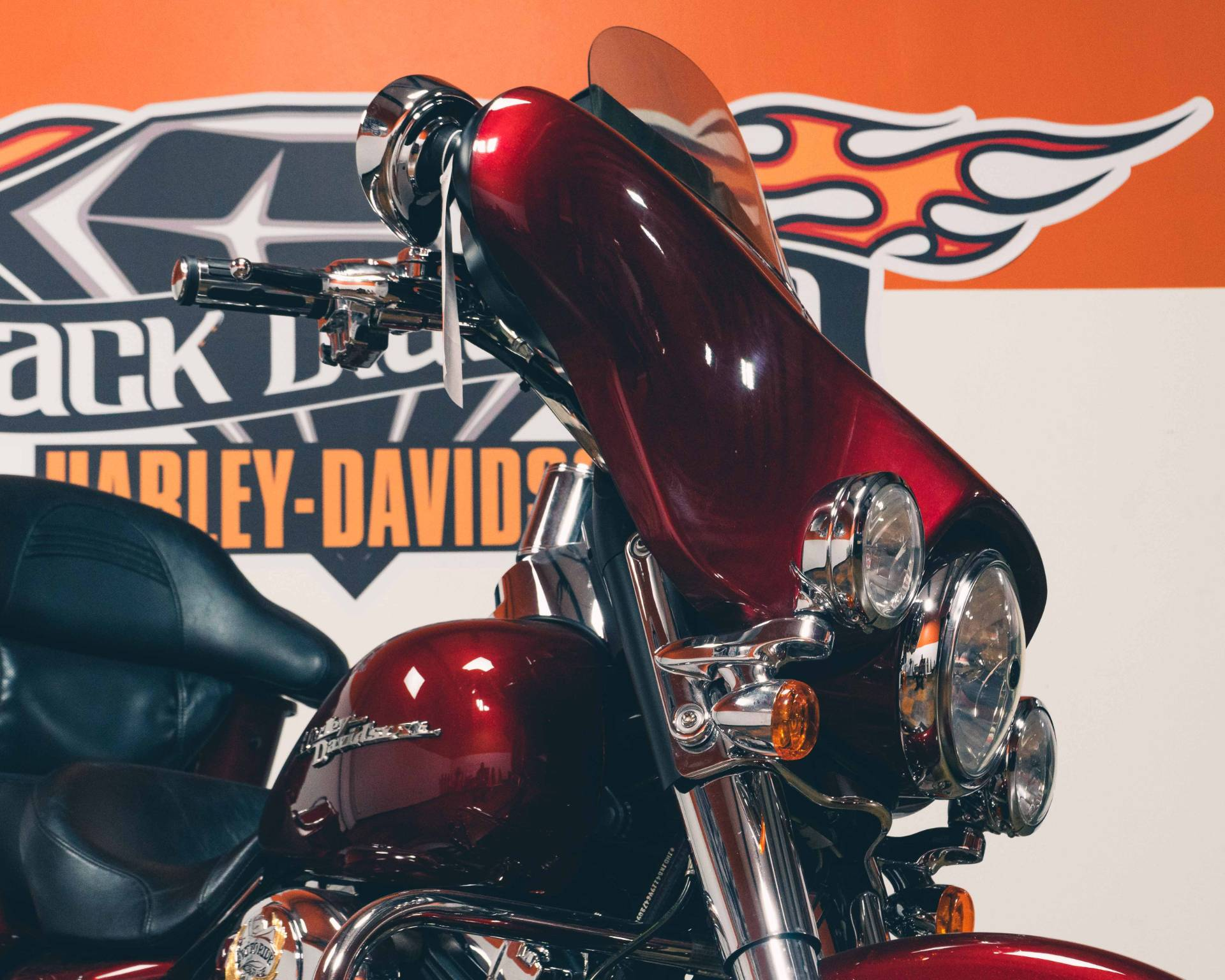 2009 Harley-Davidson Street Glide in Marion, Illinois - Photo 12