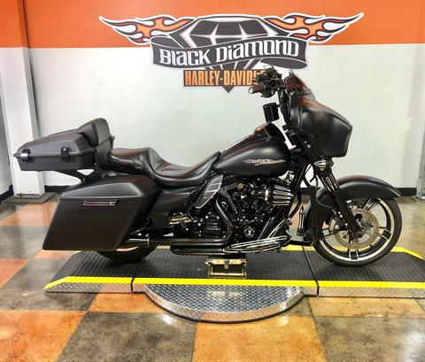 2016 Harley-Davidson Street Glide® in Marion, Illinois - Photo 1